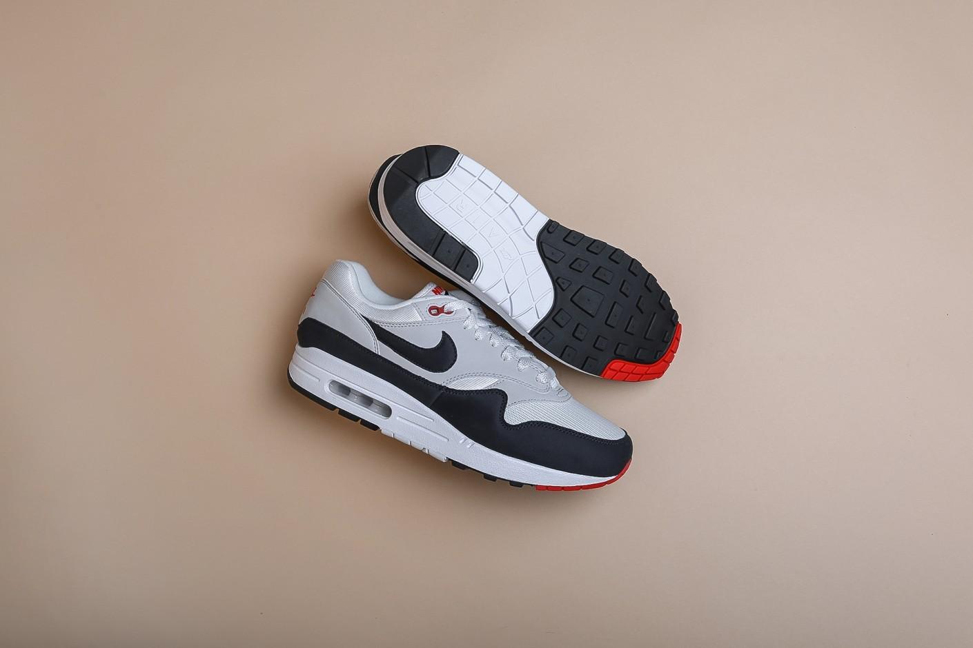 b9a2617b 7 главных моделей в истории технологии Air Max - Статьи блога интернет  магазина Sneakerhead