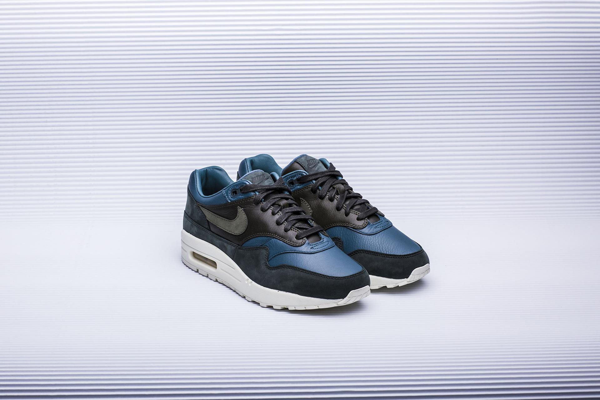 1fc45659 Купить синие мужские кроссовки Lab Air Max 1 Pinnacle от Nike ...