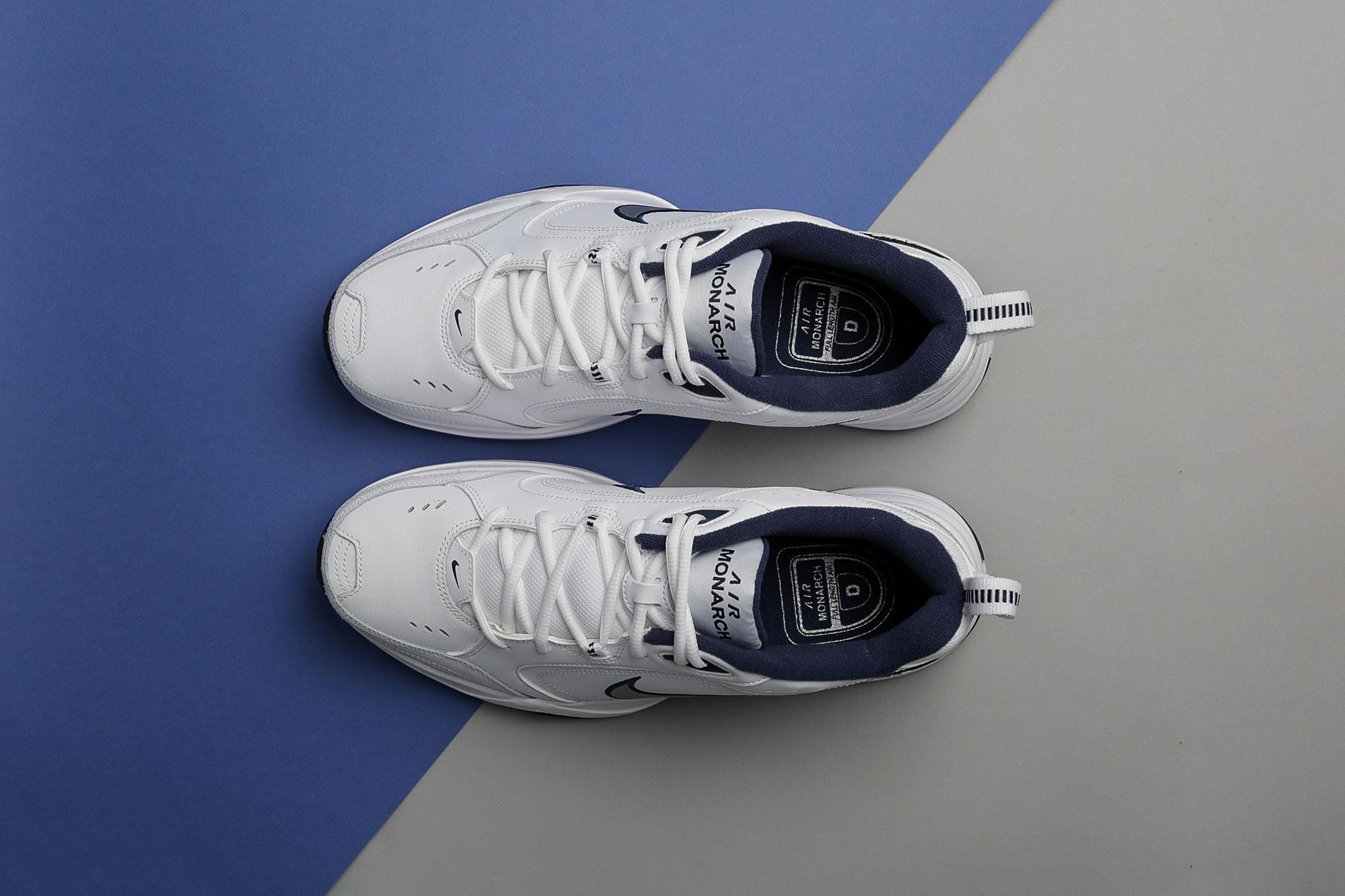 01cfddd9 ... Купить мужские белые кроссовки Nike Air Monarch IV - фото 2 картинки ...
