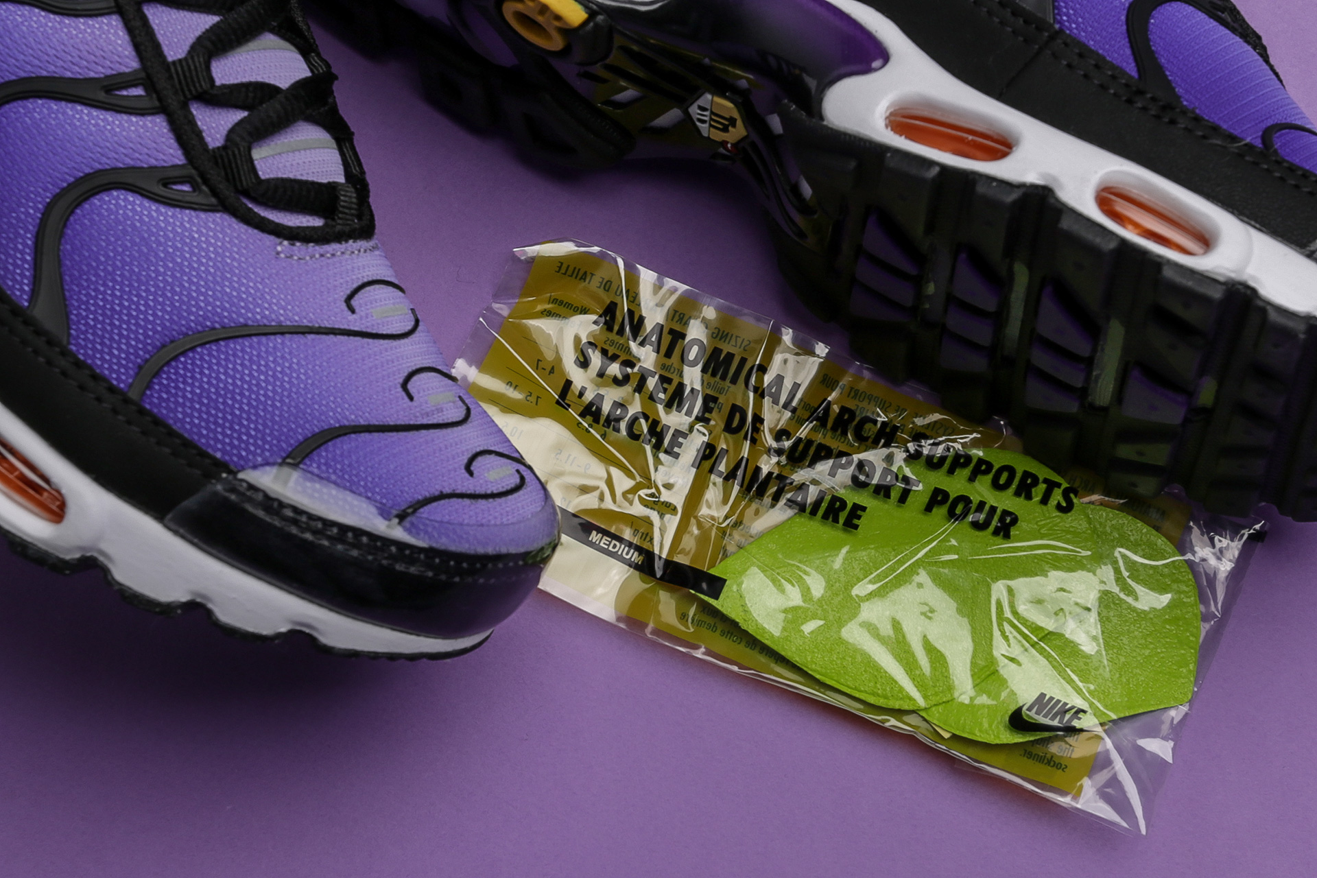 64e5f0227f3a5d ... Купить мужские фиолетовые кроссовки Nike Air Max Plus OG - фото 3  картинки ...