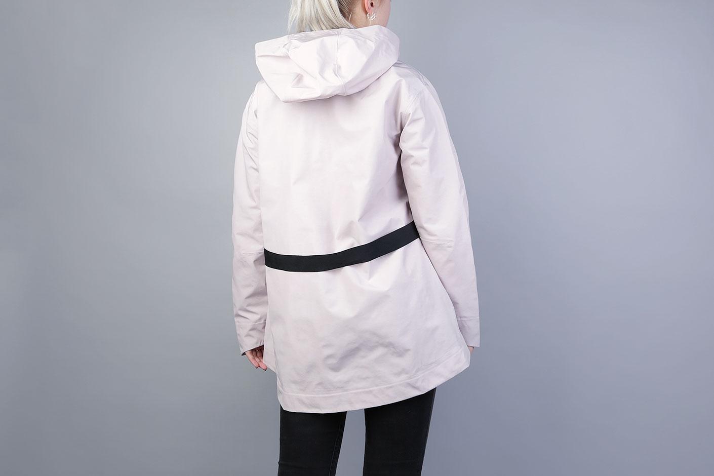 9787846c Розовая женская куртка Tech Women's Jacket от Nike (883489-684) по ...