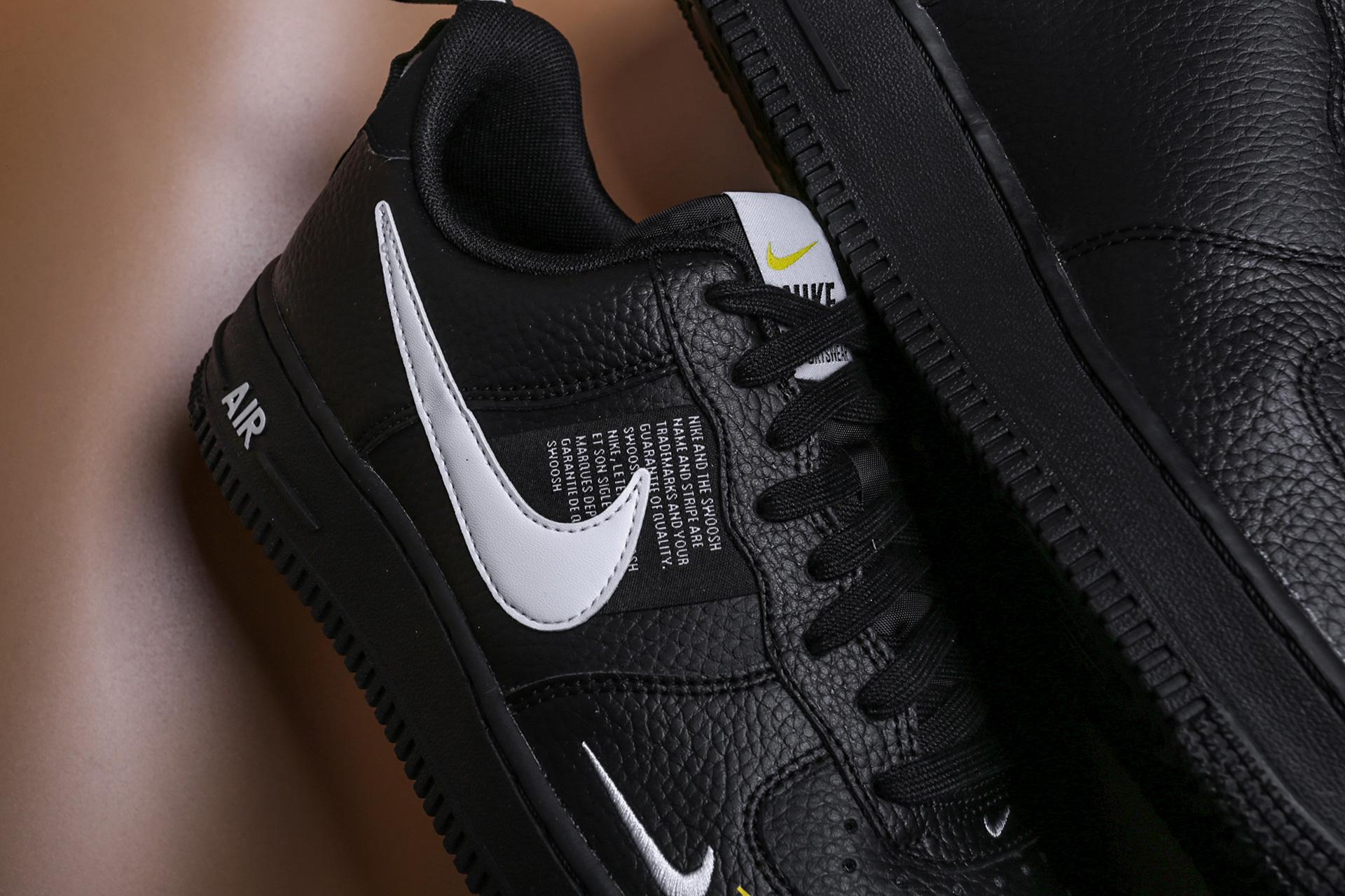 5e57702e ... Купить мужские черные кроссовки Nike Air Force 1 `07 LV8 Utility - фото  5 картинки