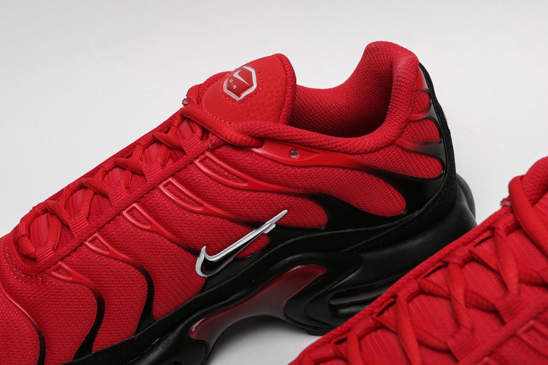 3847e9d8 ... Купить мужские красные кроссовки Nike Air Max Plus - фото 5 картинки ...