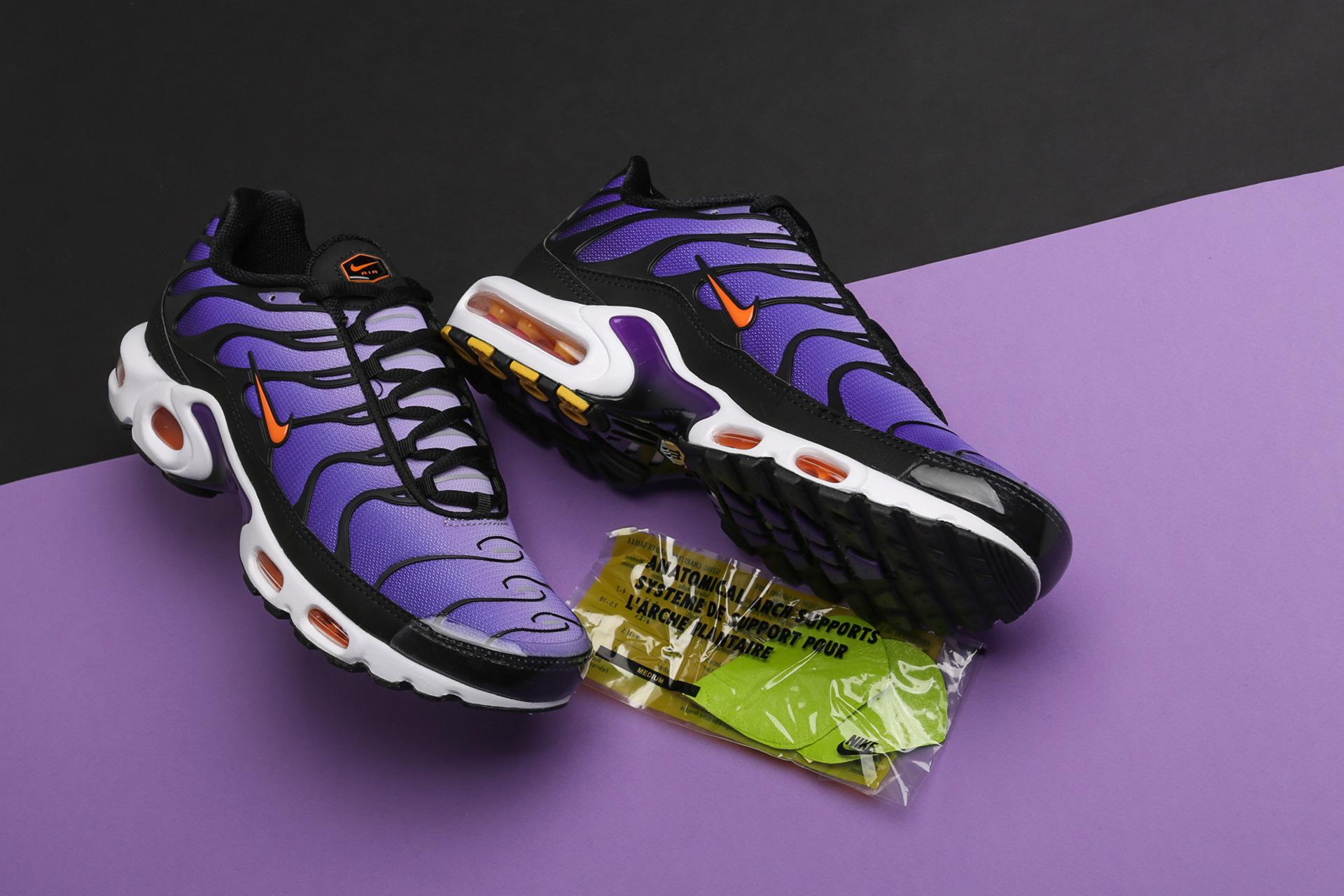 870b385429e53f ... Купить мужские фиолетовые кроссовки Nike Air Max Plus OG - фото 2  картинки ...