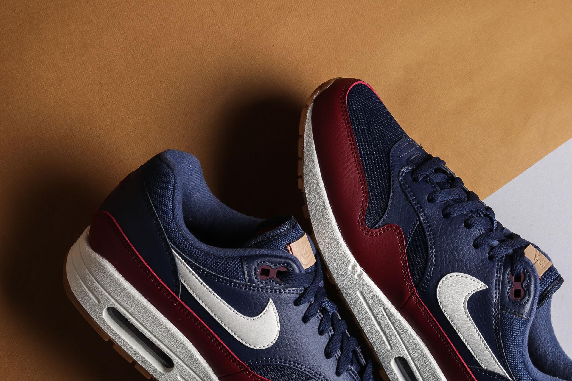 3ce8117a ... Купить мужские синие кроссовки Nike Air Max 1 - фото 4 картинки ...