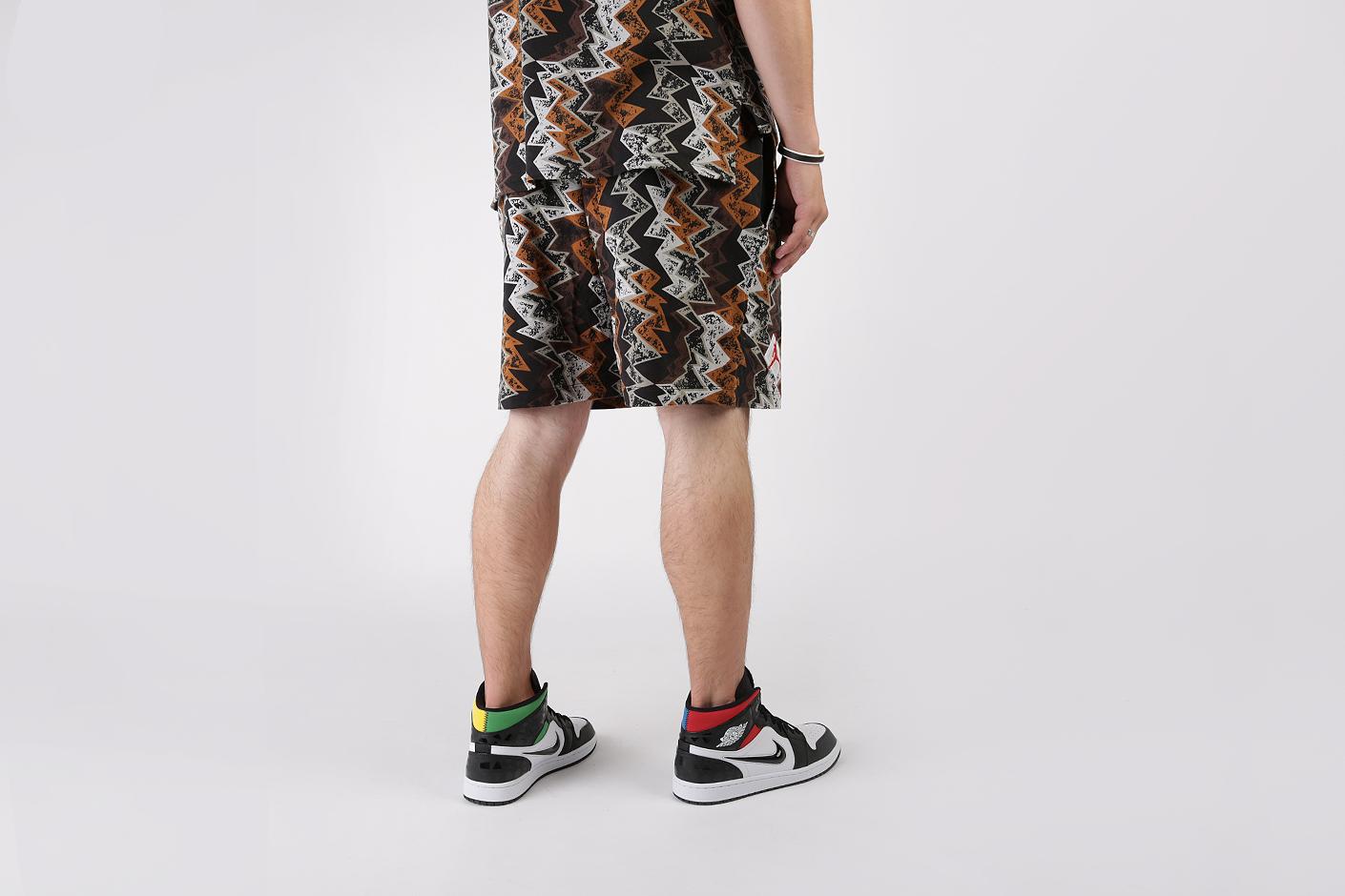 x Patta Shorts от Jordan (AR3888-010