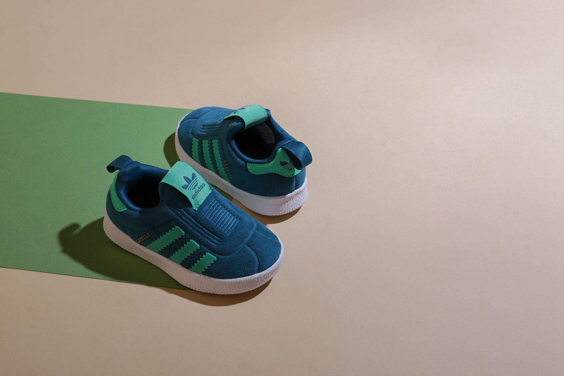 a29bcd9b Купить голубые детские кроссовки Gazelle 360 I от adidas Originals ...