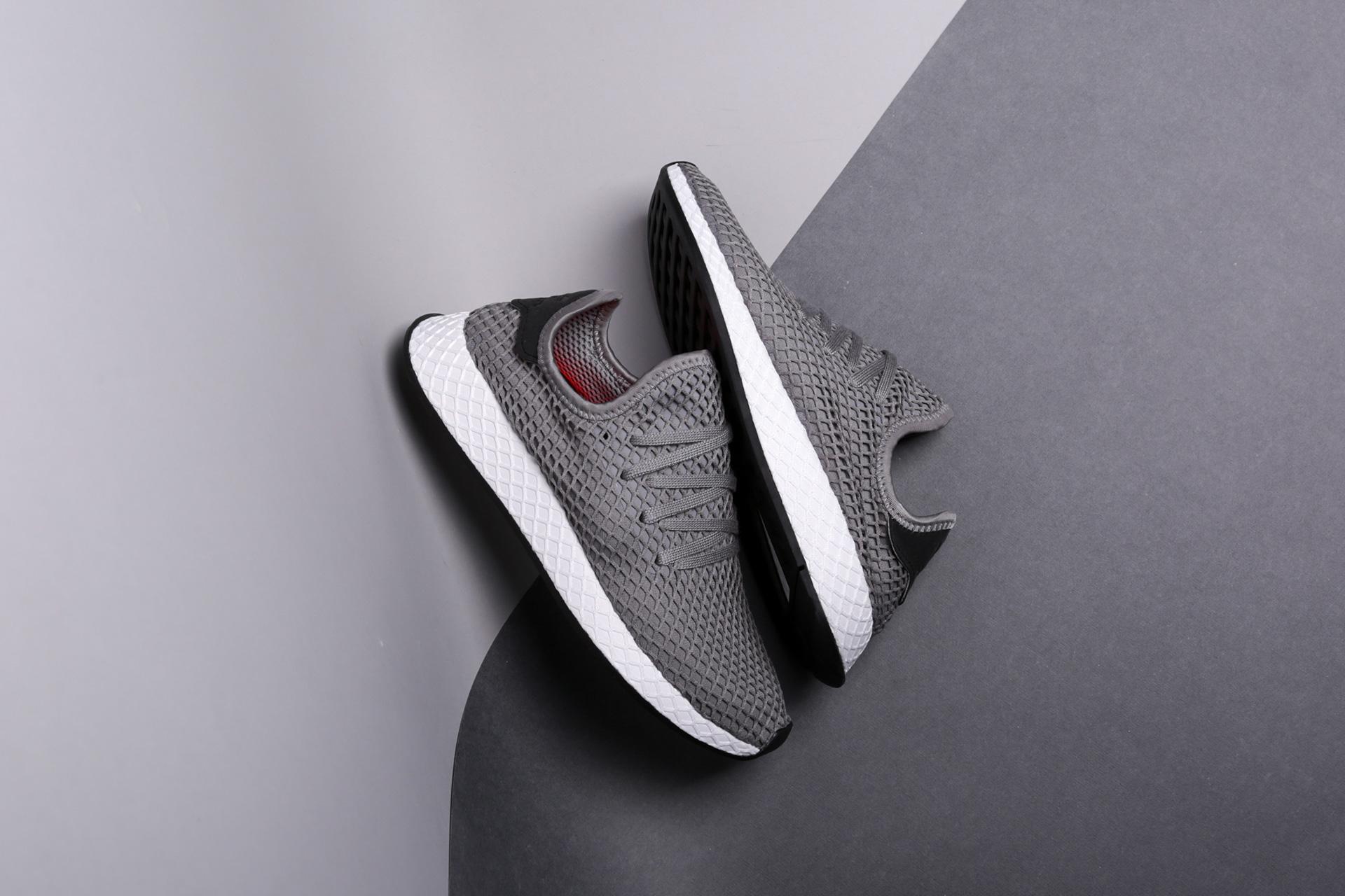 Купить серые мужские кроссовки Deerupt Runner от adidas Originals ... cccd14d1004