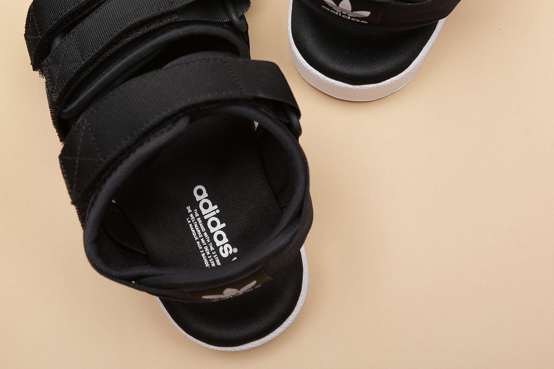 2cbd54f1b ... Купить женские черные сандали adidas Originals Adilette Sandal W - фото  3 картинки ...