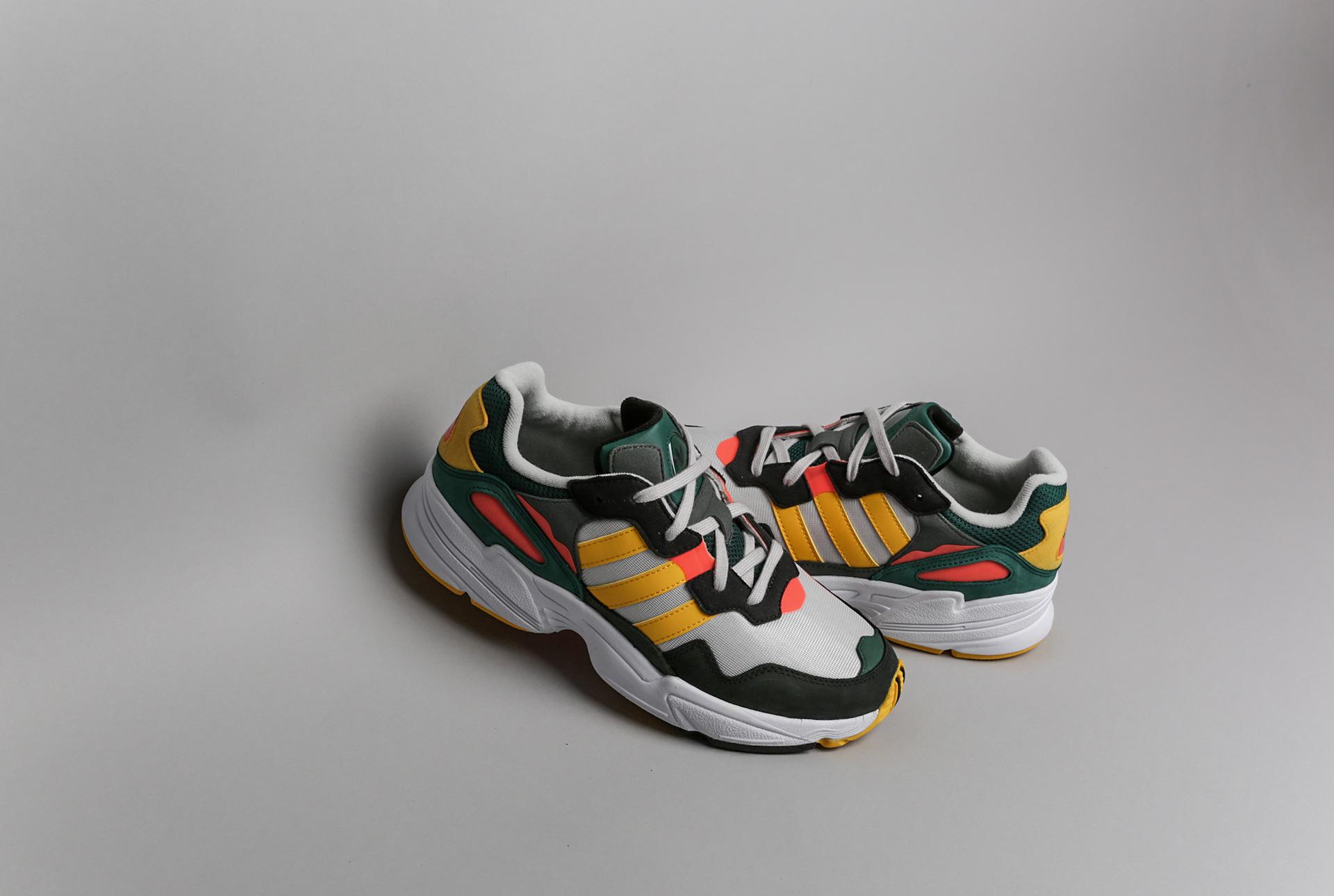 sale retailer 6af9d 7d801 Купить мужские мультиколые кроссовки adidas Originals Yung-96