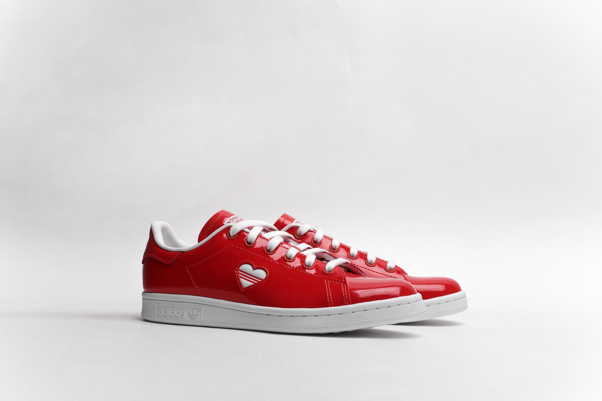 4d1e6df6bfd7 Купить красные женские кроссовки Stan Smith W от adidas Originals ...