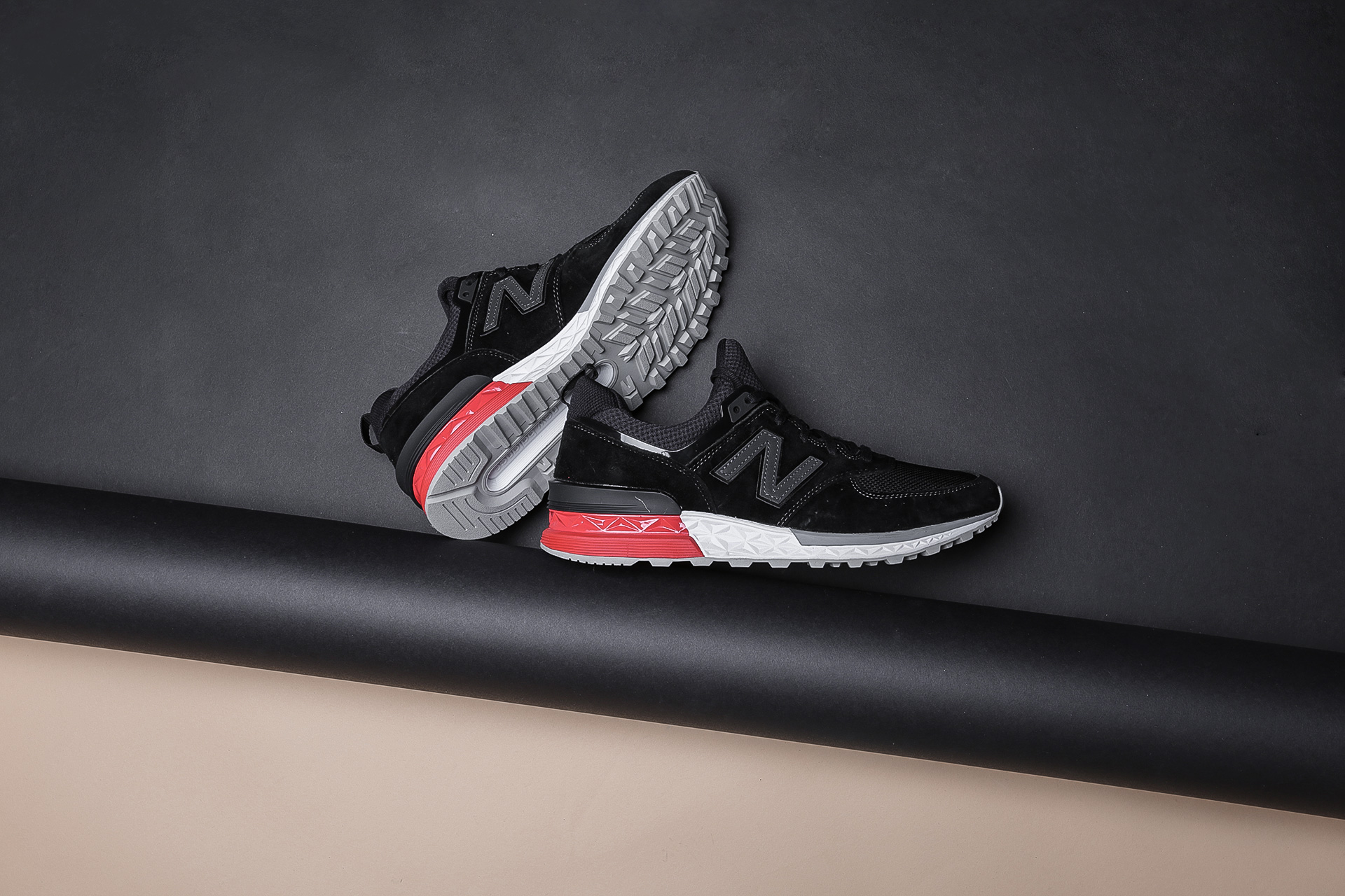 super popular 50c44 ef52b Купить черные мужские кроссовки 574 от New Balance (MS574AB ...