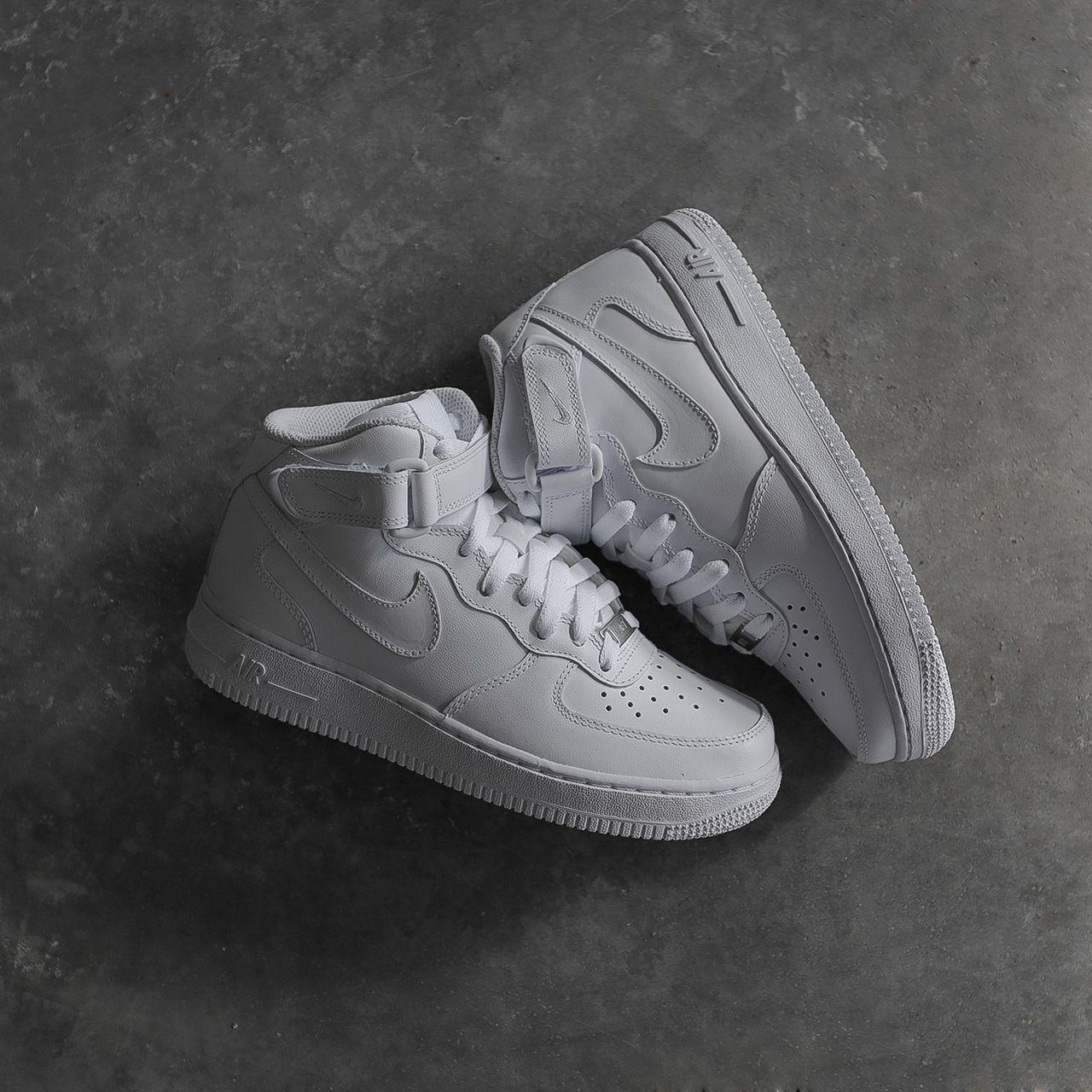 Кроссовки Nike WMNS Air Force 1 Mid '07 LE