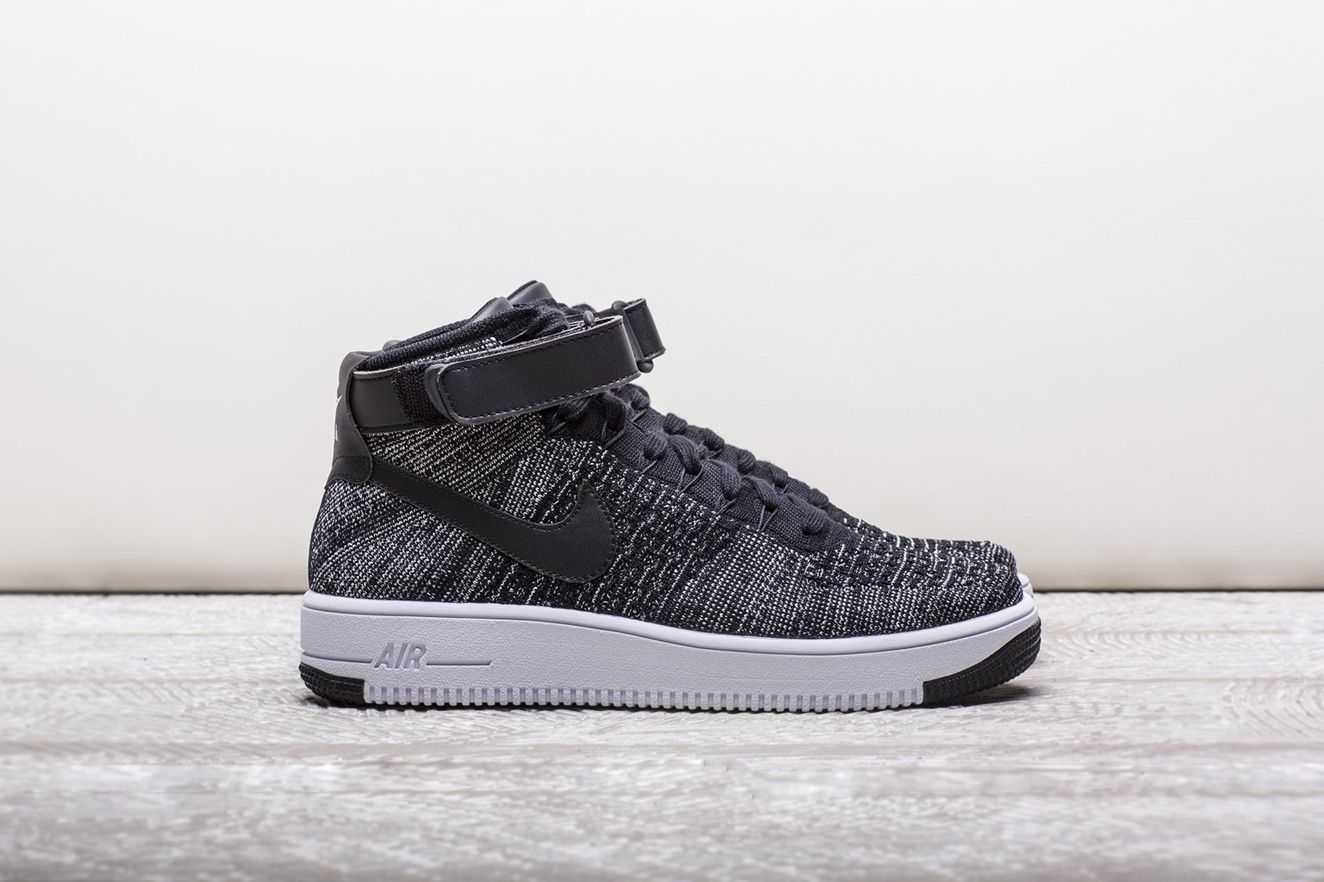 4ee780a6abfe3c Купить чёрные мужские кроссовки Air Force 1 Ultra Flyknit Mid от ...