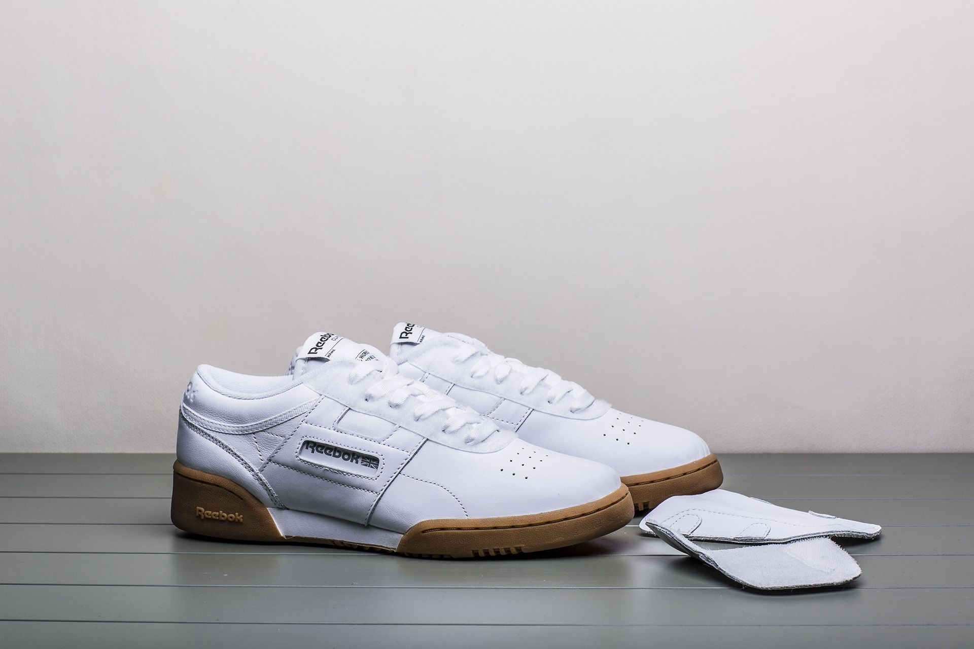 bf2819969deb6 Купить белые мужские кроссовки Workout LO Clean Beams от Reebok ...