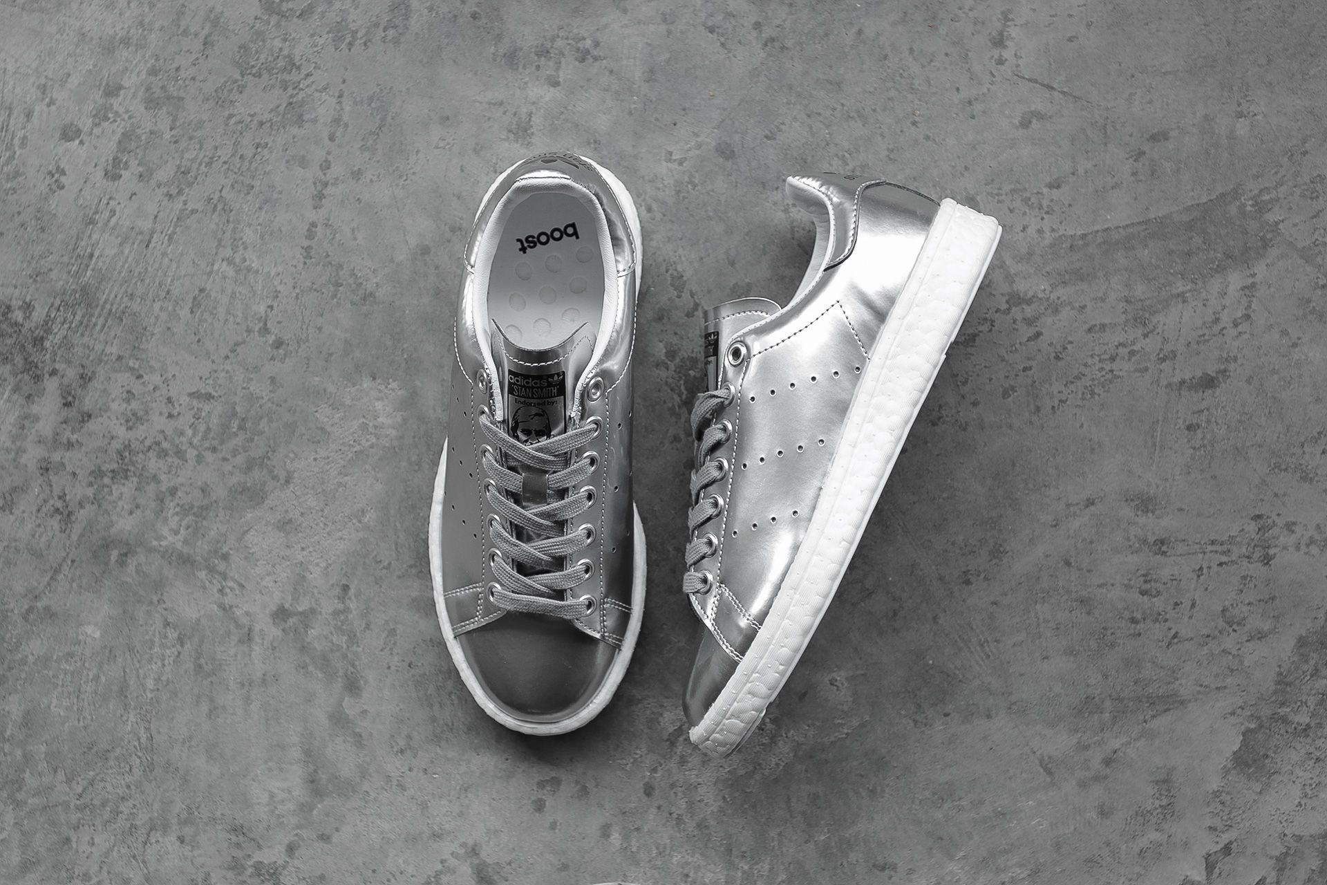 f8a64d144bf3 Купить серебряные женские кроссовки Stan Smith W от adidas Originals ...