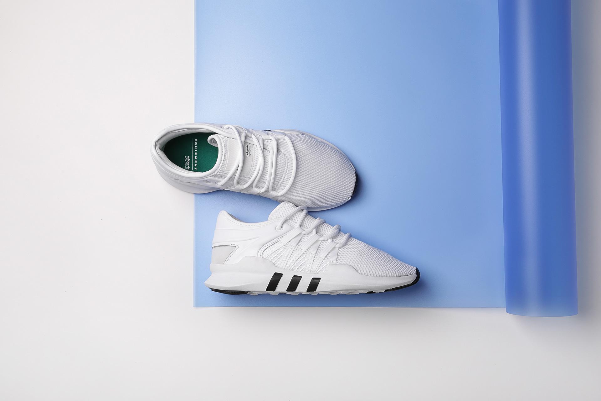 8d10bacea Купить белые женские кроссовки EQT Racing ADV W от adidas Originals ...