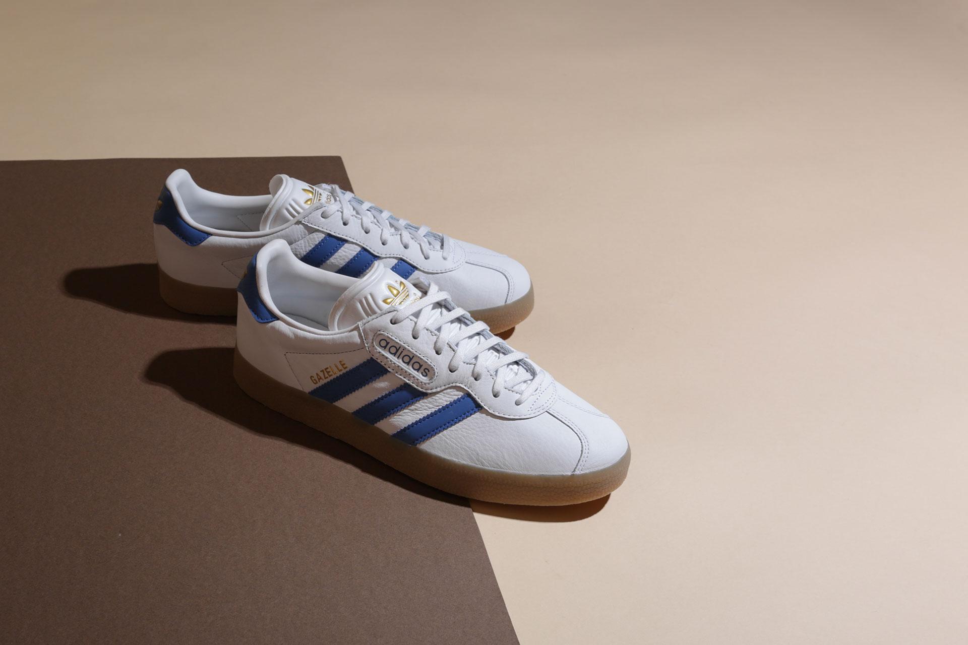 Купить белые мужские кроссовки Gazelle Super от adidas Originals ... 18fd2be680d