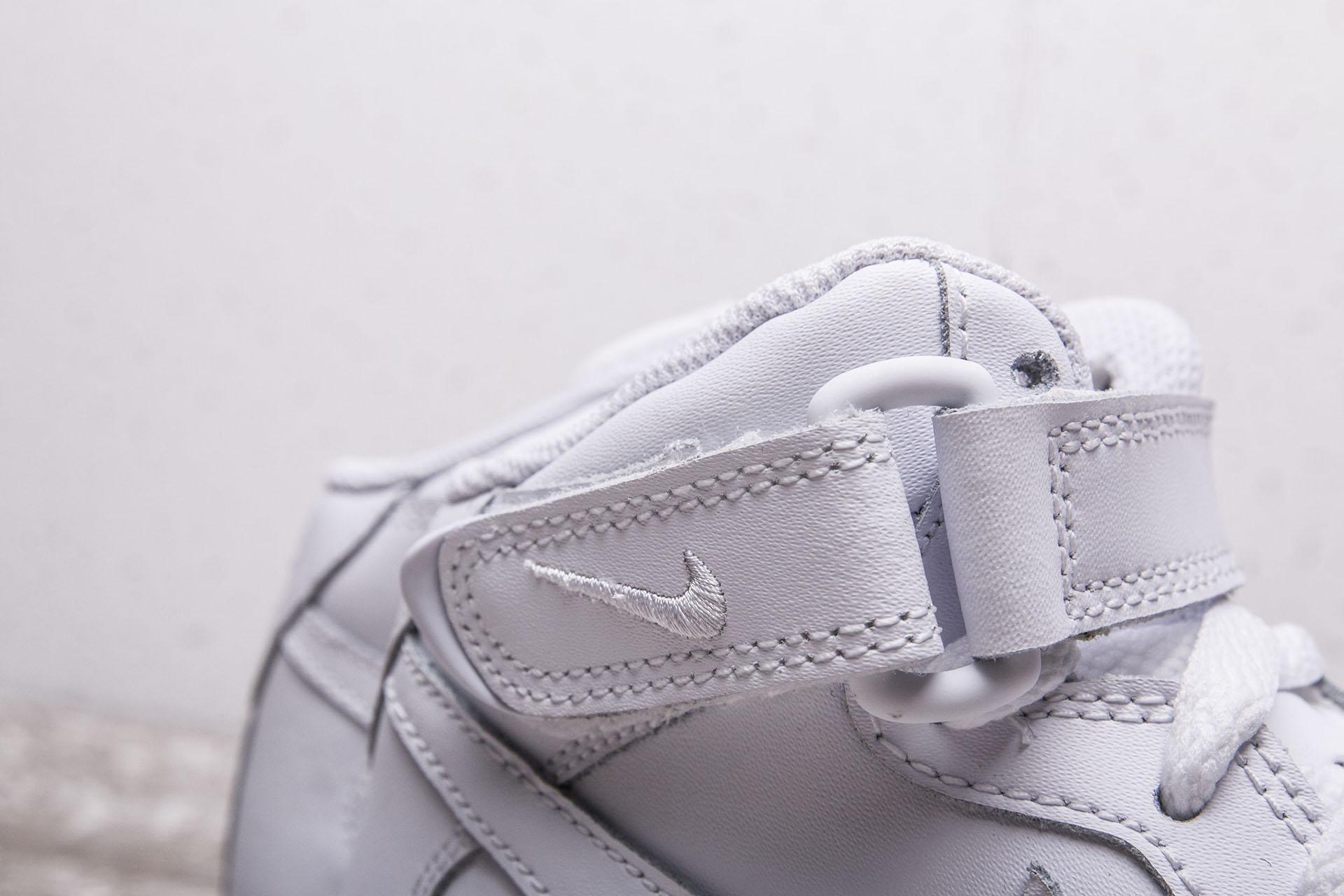 0859dbbb ... Купить детские белые кроссовки Nike Air Force 1 Mid GS - фото 3  картинки ...