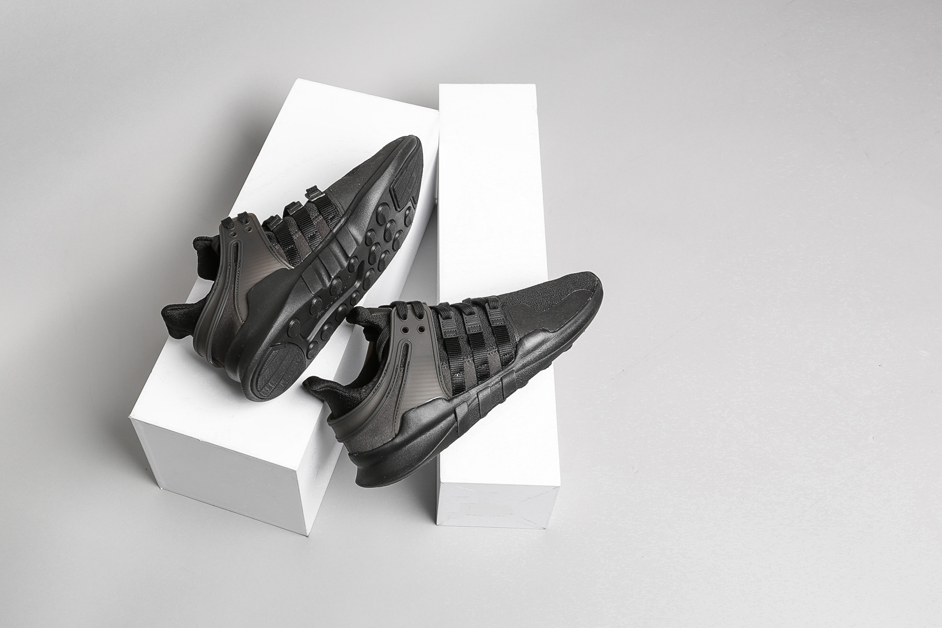 Купить черные мужские кроссовки EQT Support ADV от adidas Originals ... 1d8807d4496