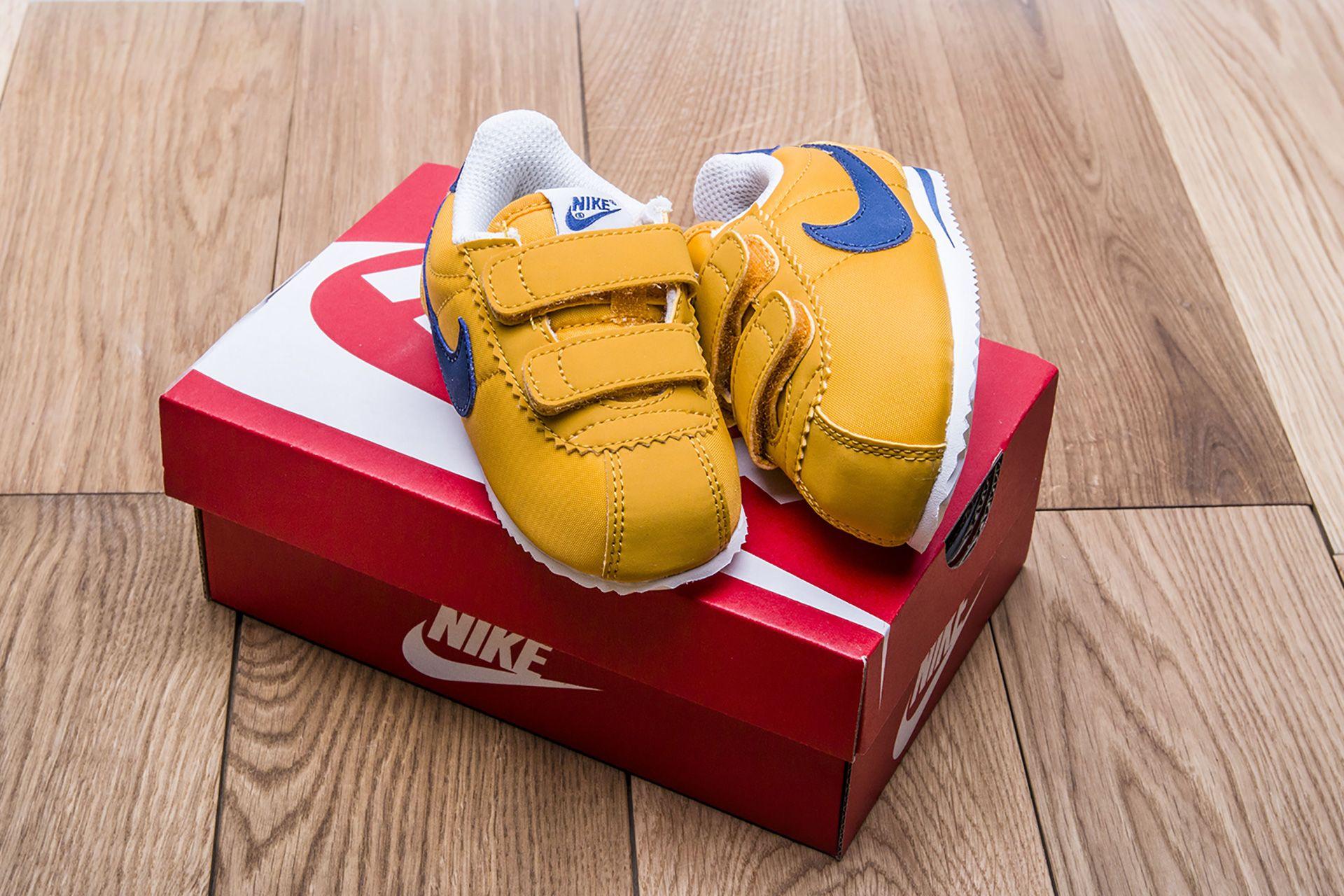 3813badf ... 5 картинки; Купить детские желтые кроссовки Nike Cortez Nylon TDV -  фото 6 картинки