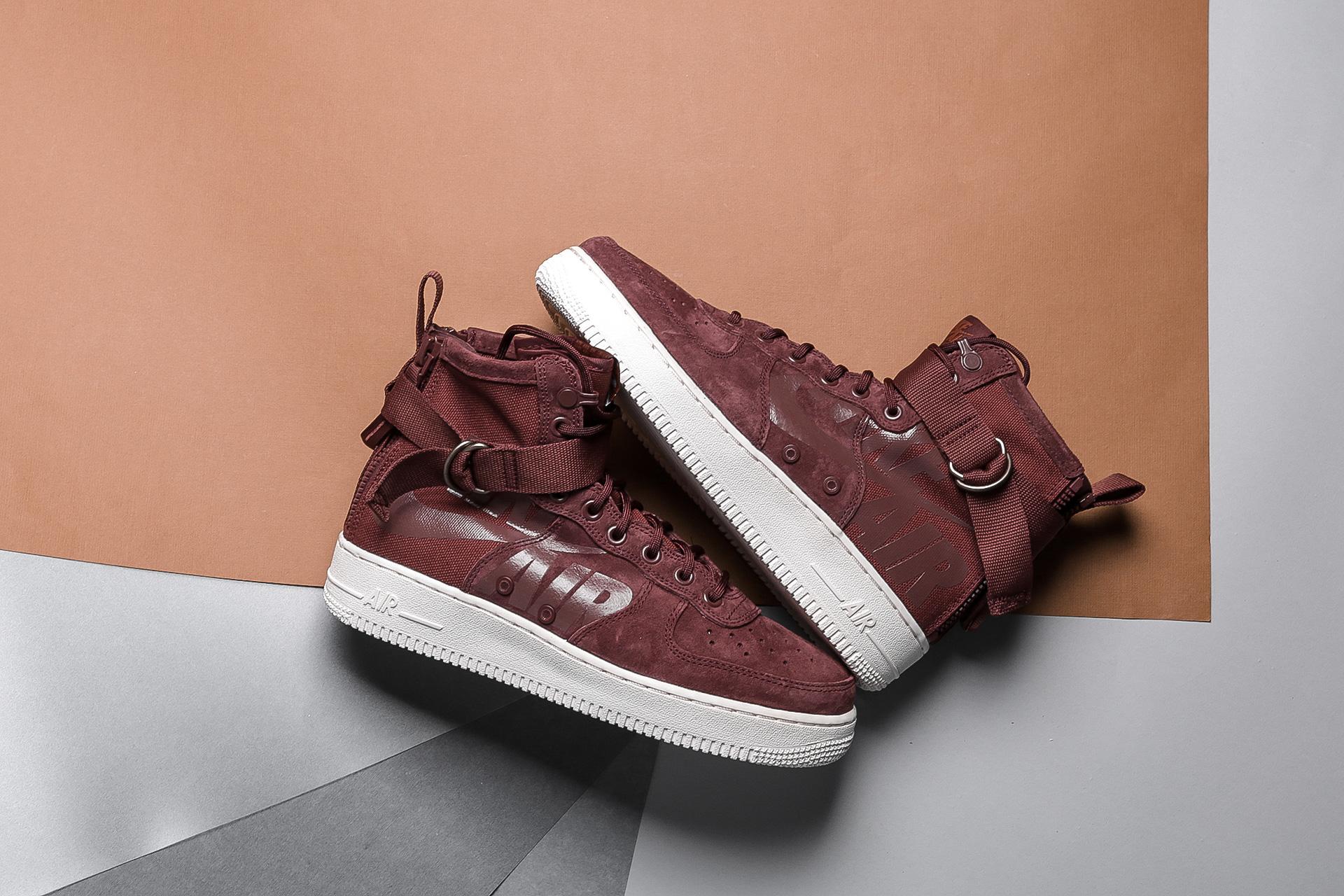 fe6c42e01722 Купить коричневые мужские кроссовки SF Air Force 1 Mid от Nike ...