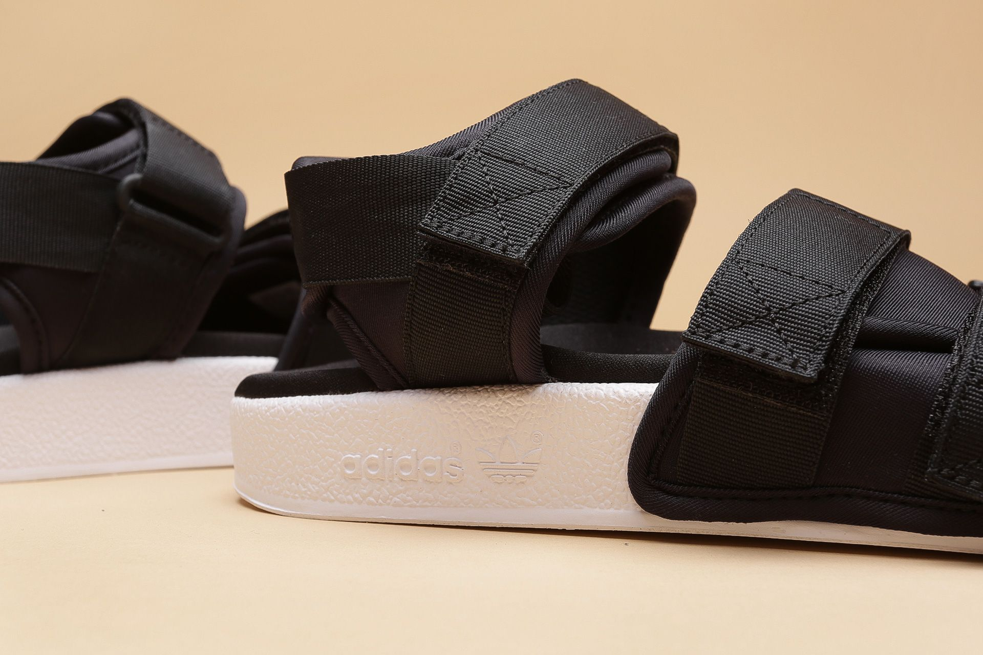 10c2d7e9f ... Купить женские черные сандали adidas Originals Adilette Sandal W - фото  4 картинки ...