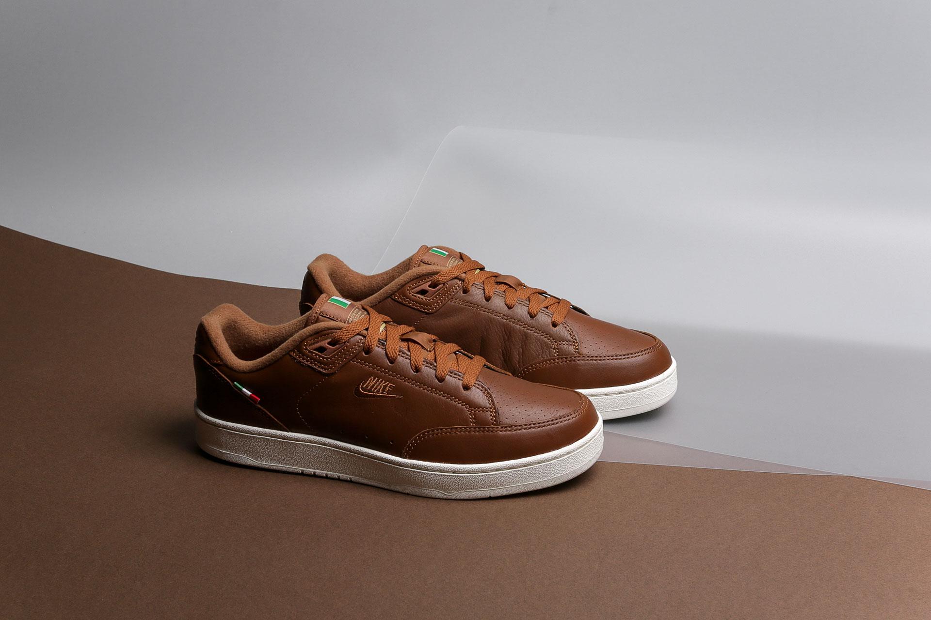 5379933e Купить коричневые мужские кроссовки Grandstand II Pinnacle от Nike ...