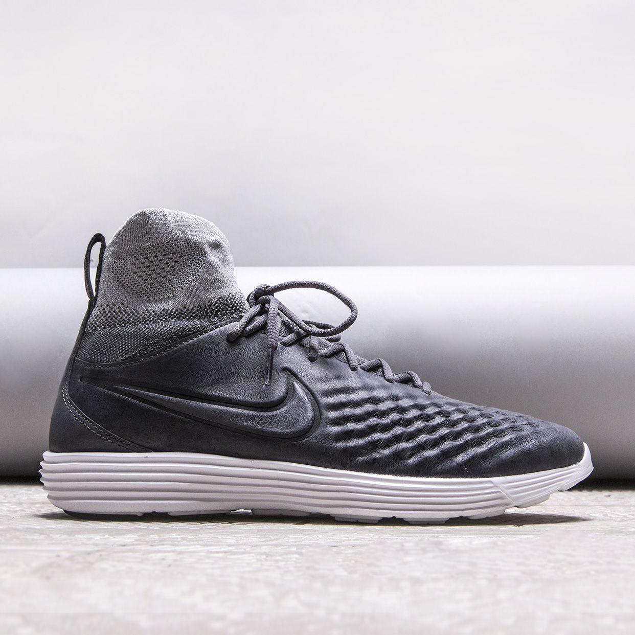 Кроссовки Nike Lunar Magista II FK
