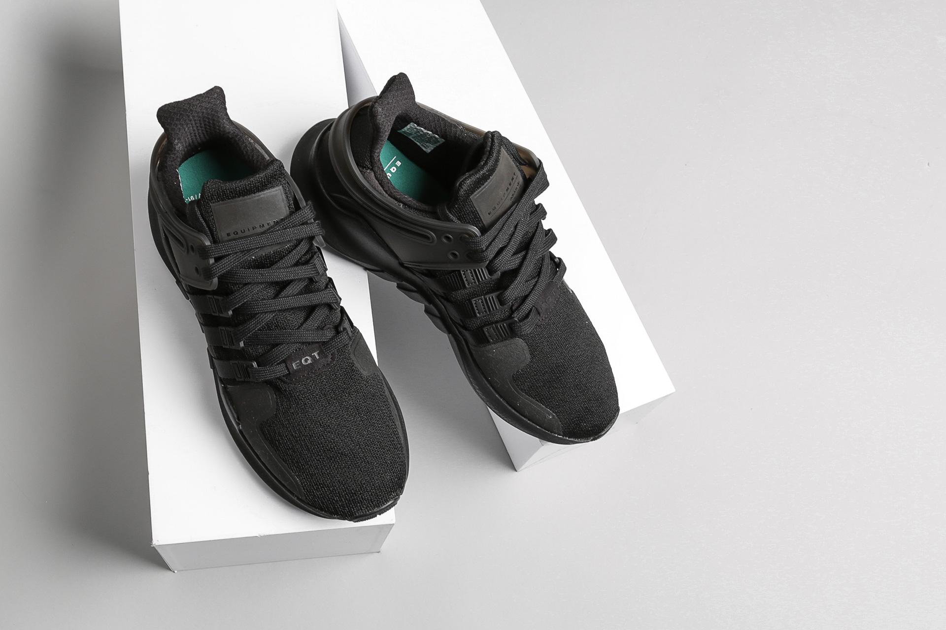 competitive price 5f5ef 0f5f8 Купить черные мужские кроссовки EQT Support ADV от adidas ...