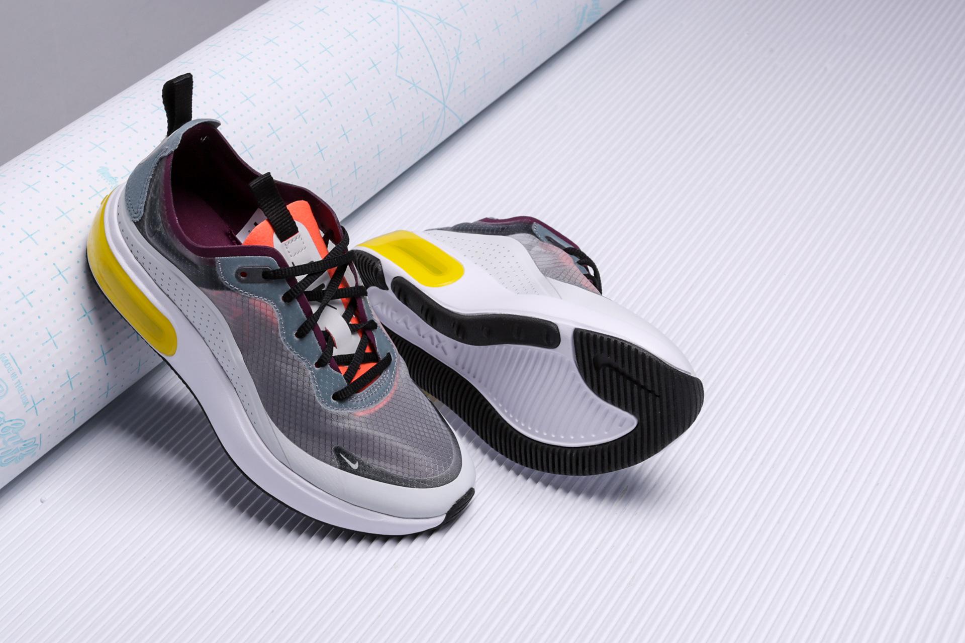 ffd816d5 ... Купить женские серые кроссовки Nike Air Max Dia SE QS - фото 3 картинки  ...