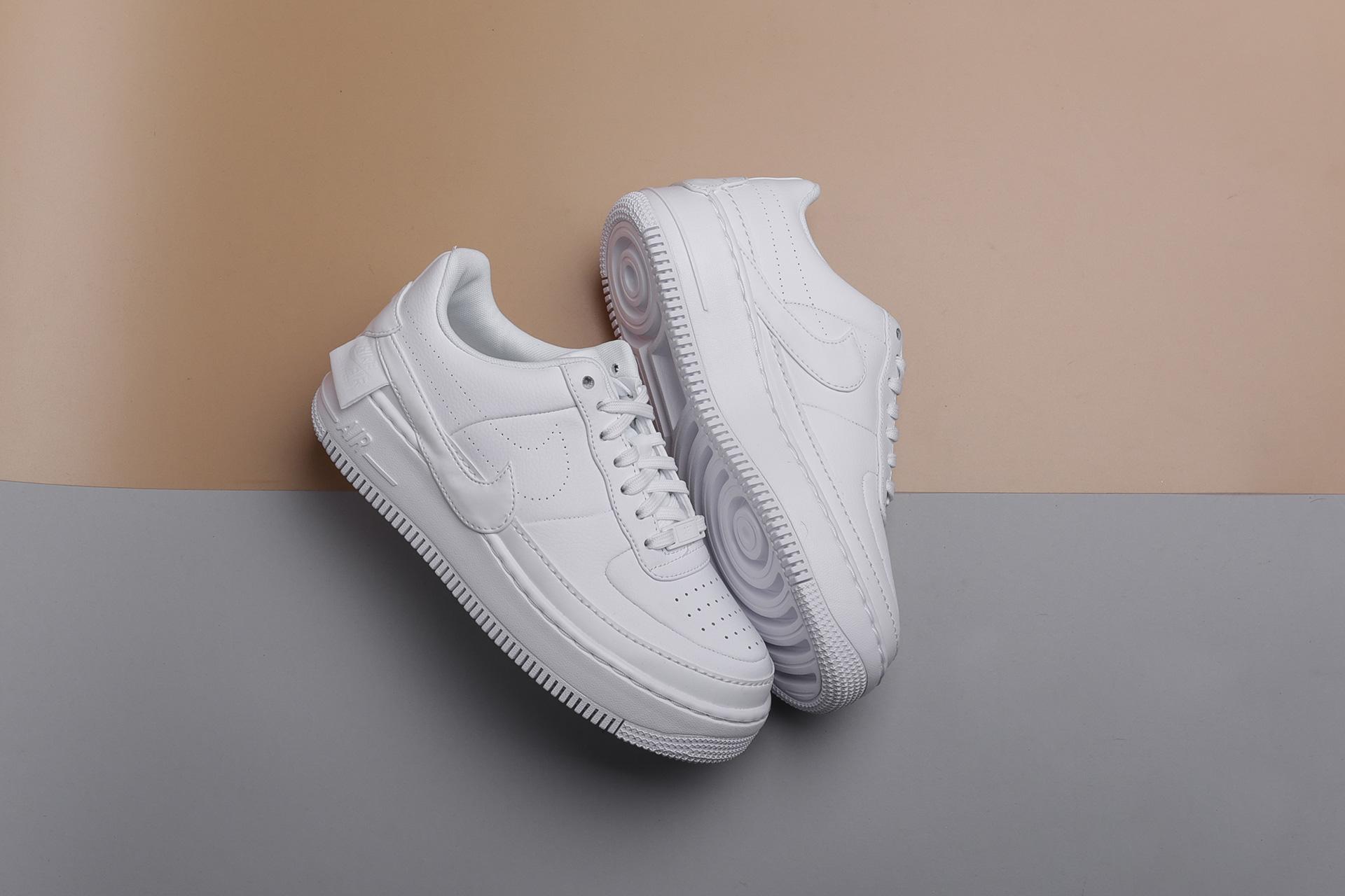0b3930e0 Купить белые женские кроссовки W AF1 Jester XX от Nike (AO1220-101 ...