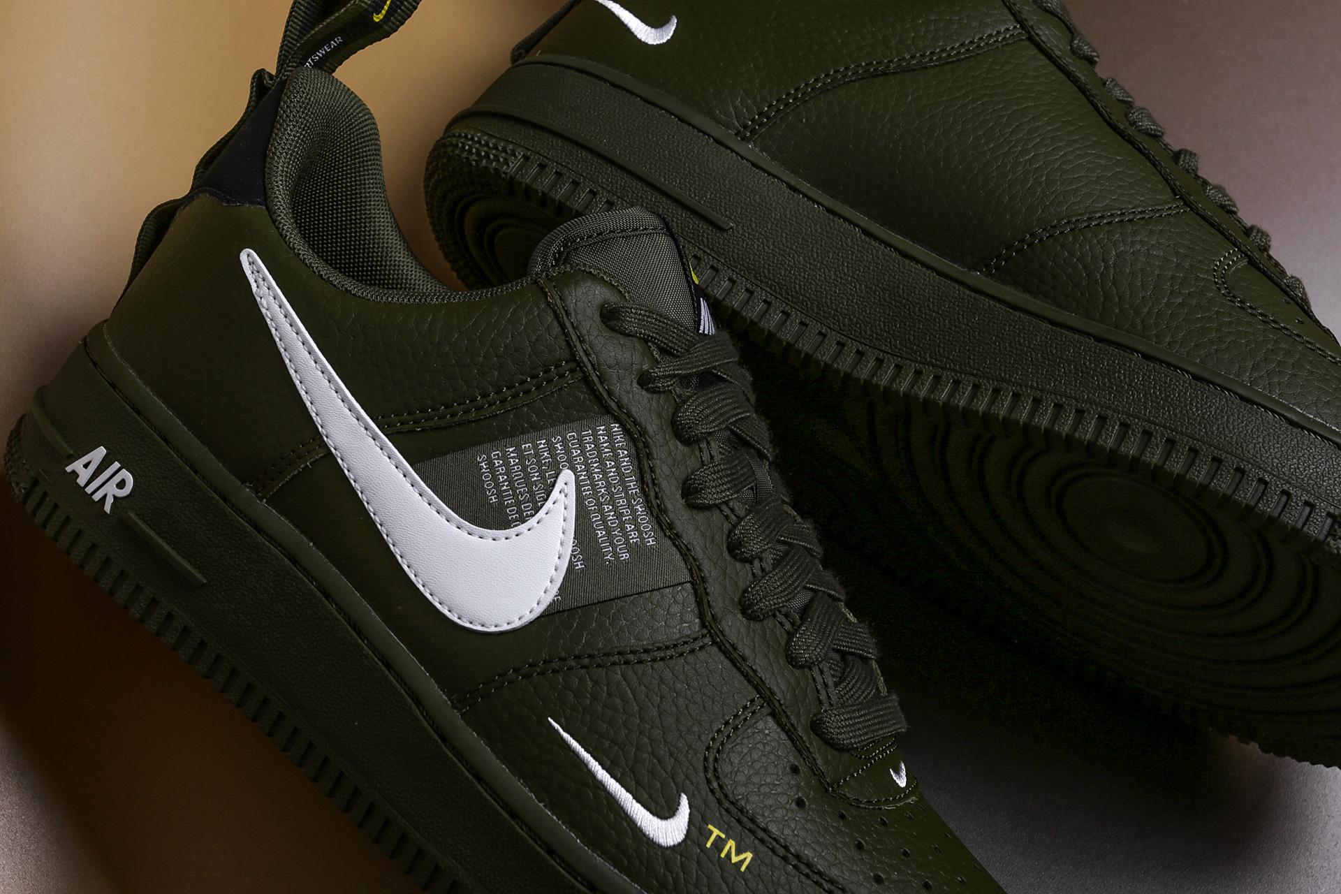 b1c33ab3 ... Купить мужские зеленые кроссовки Nike Air Force 1 '07 LV8 Utility -  фото 4 картинки ...