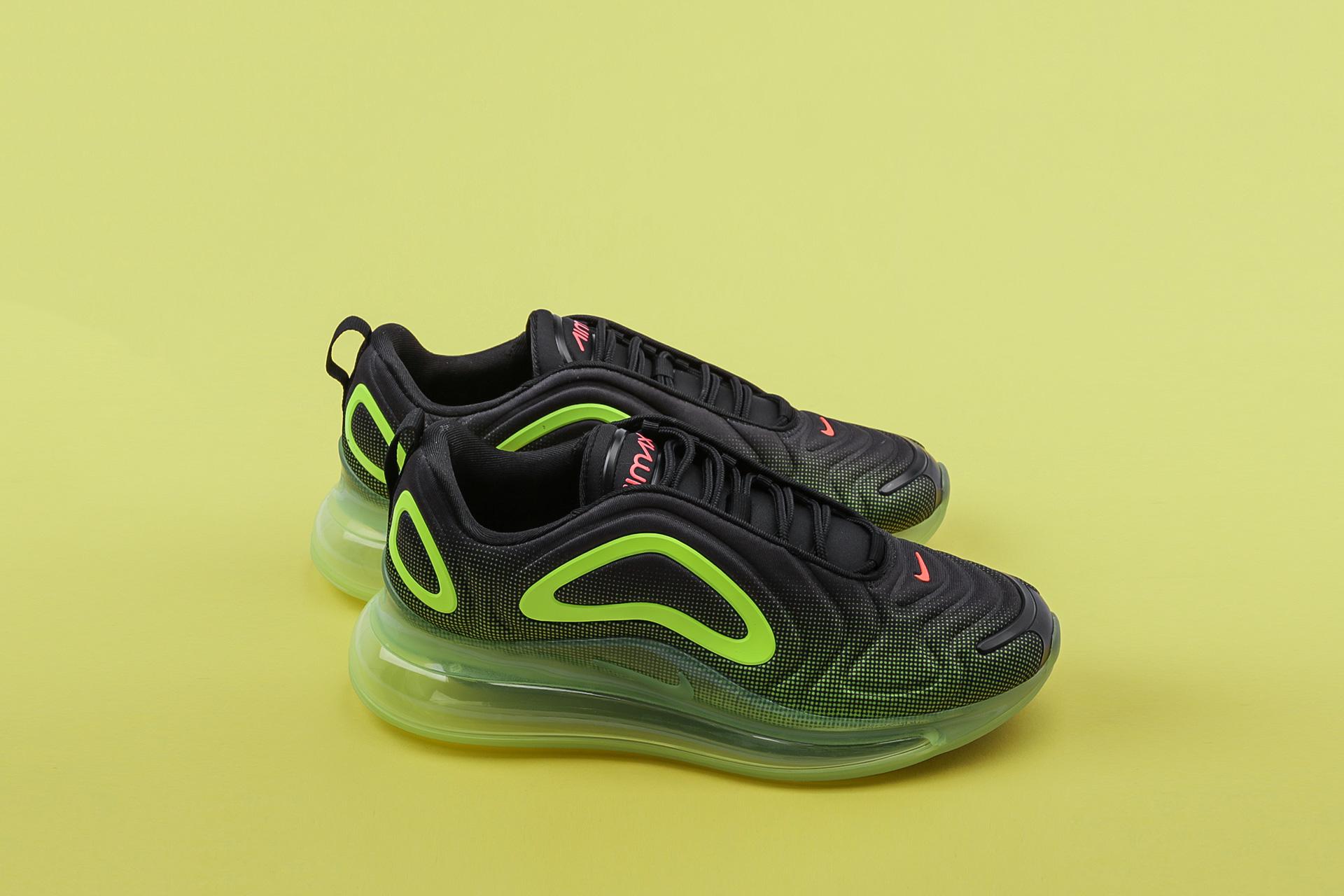 672a3eed Купить черные мужские кроссовки Air Max 720 от Nike (AO2924-008) по ...
