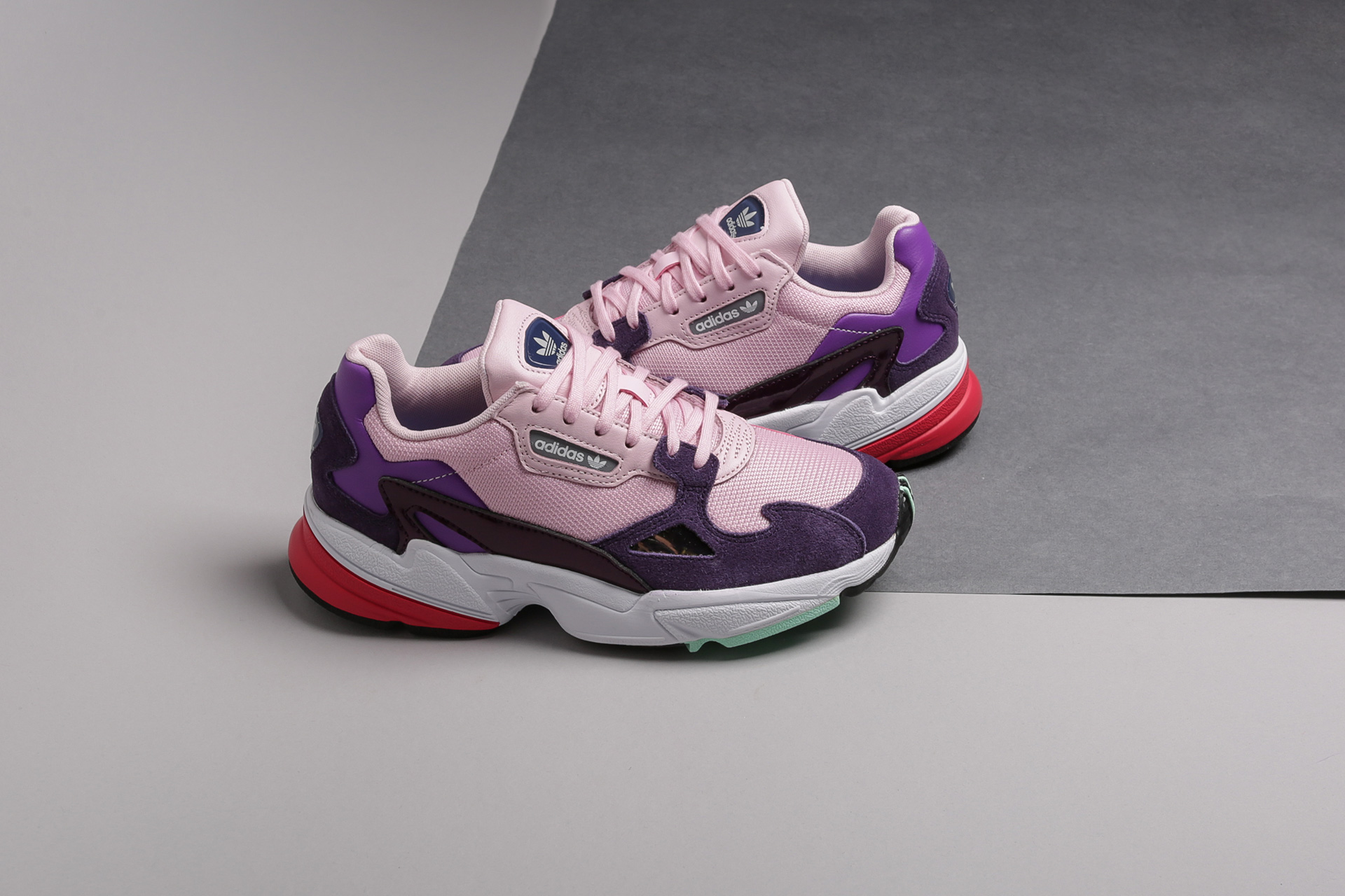 644c8d96 Купить розовые женские кроссовки Falcon W от adidas Originals ...