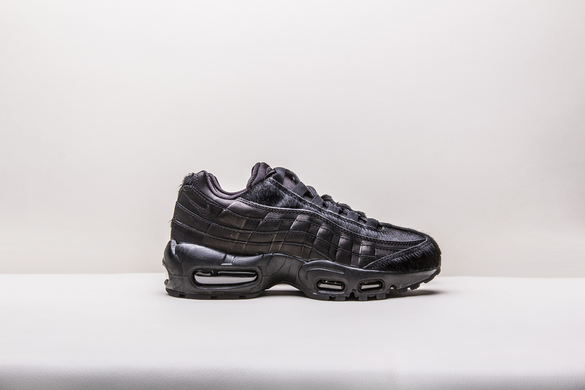 60e0003e Купить черные женские кроссовки WMNS Air Max 95 PRM от Nike (807443 ...