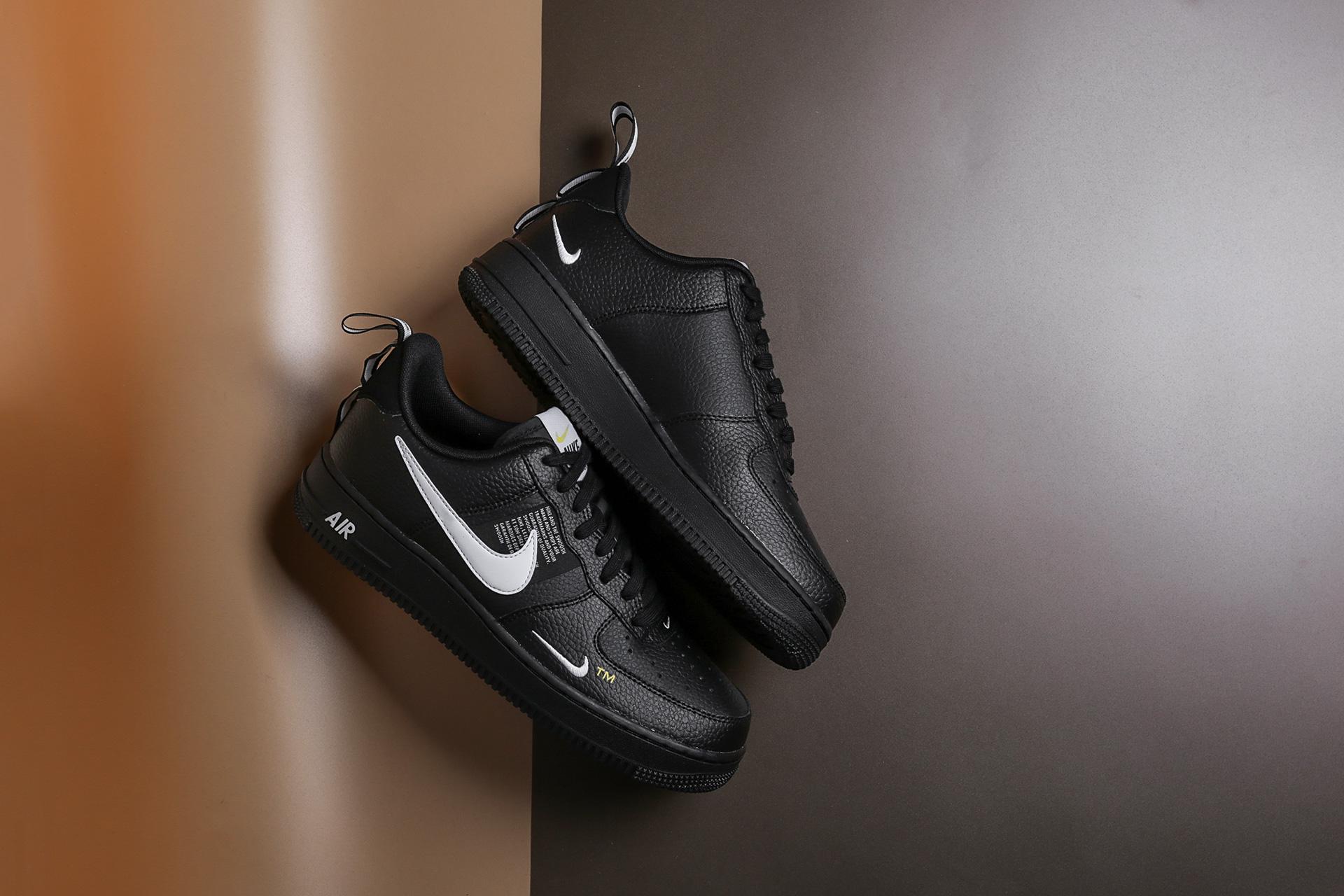 87030651 Купить черные мужские кроссовки Air Force 1 `07 LV8 Utility от Nike ...