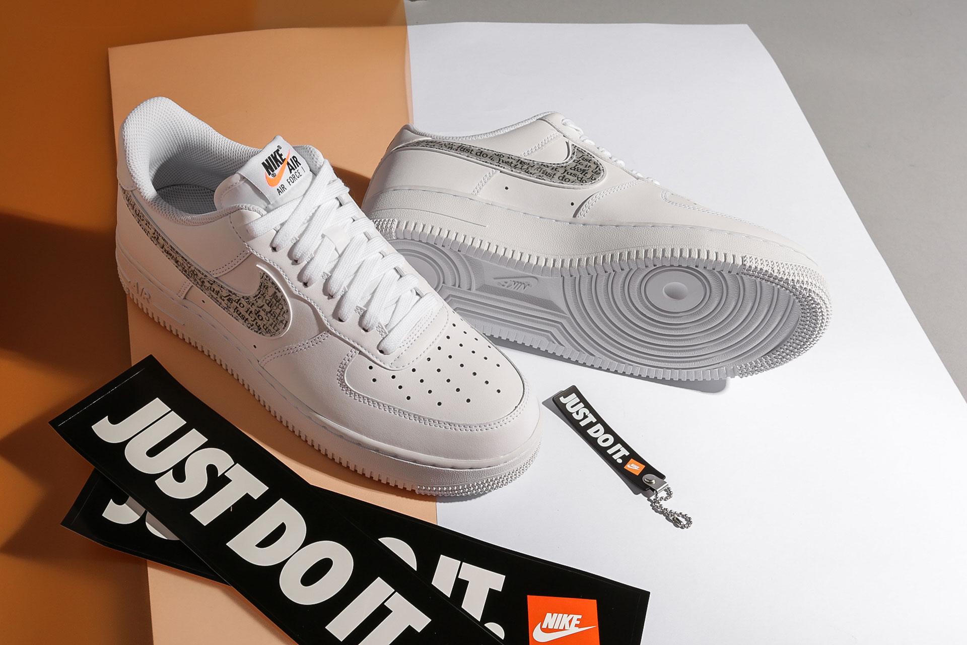50377f37 ... Купить мужские белые кроссовки Nike Air Force 1 '07 LV8 JDI LNTC - фото  5