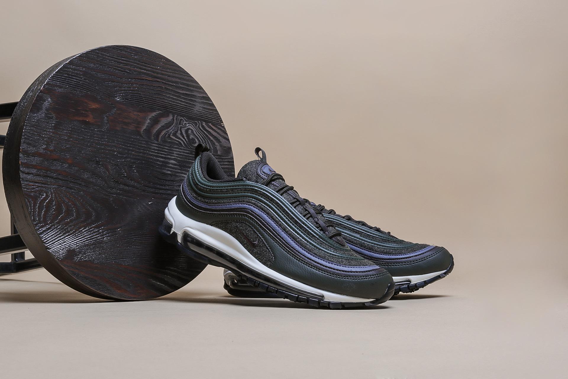 b135af94 ... Купить мужские кроссовки Nike Air Max 97 Premium - фото 2 картинки ...