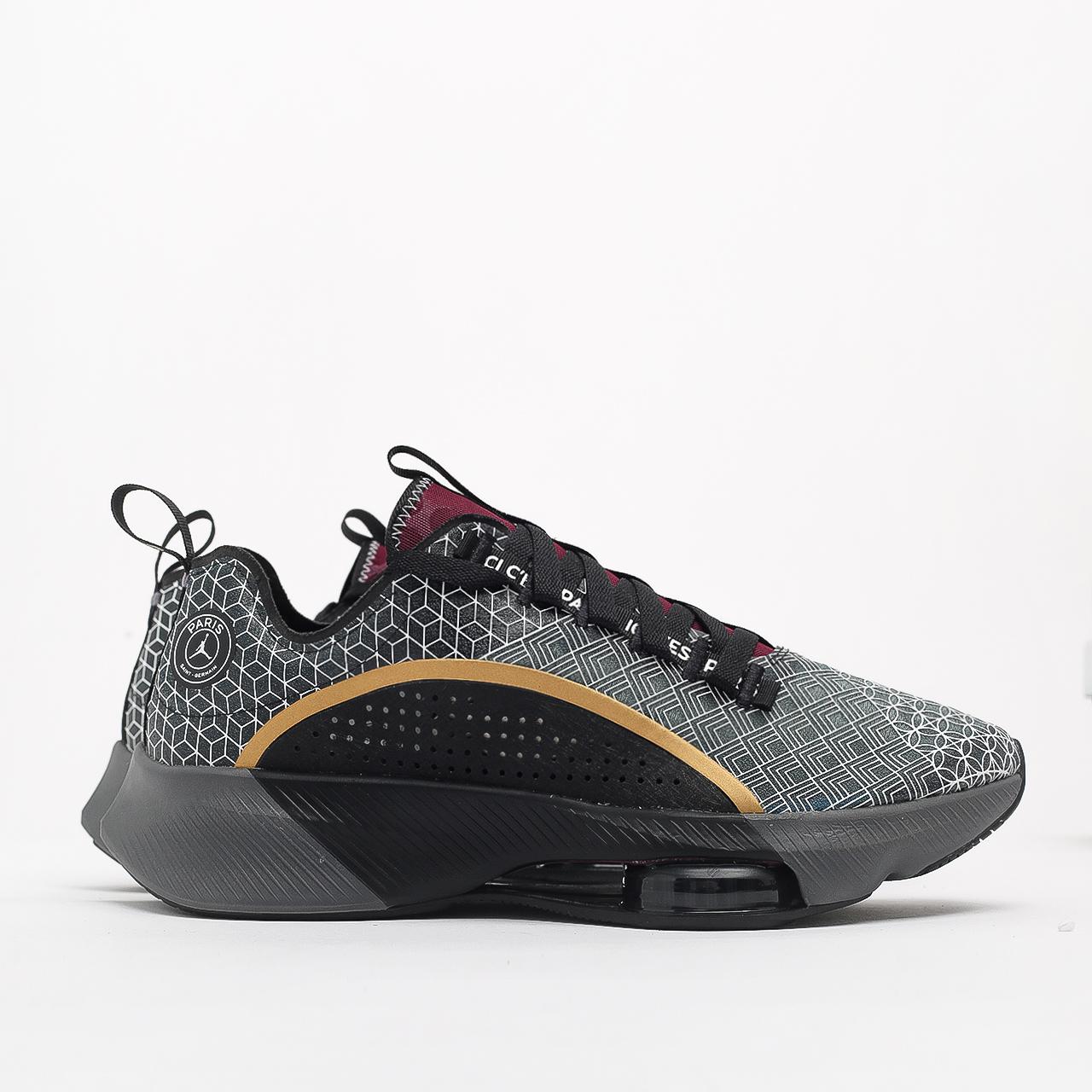 Купить черные мужские кроссовки Air Zoom Renegade PSG от Jordan (CZ3957-001) по цене 11290 рублей