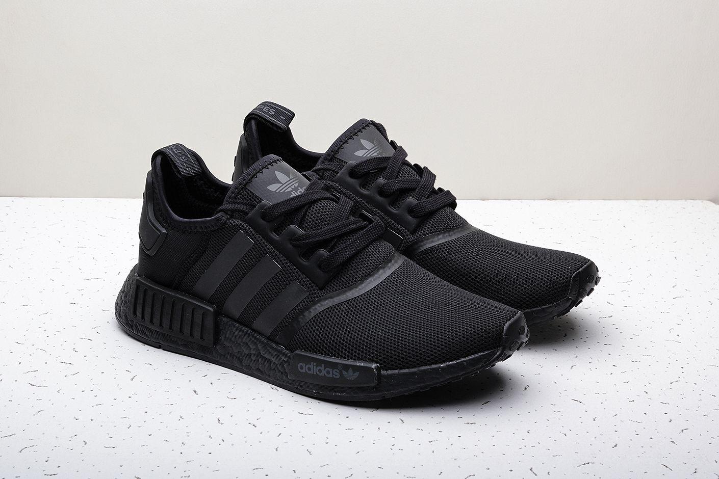 7a57af05 Купить черные мужские кроссовки NMD R1 от adidas Originals (S31508 ...