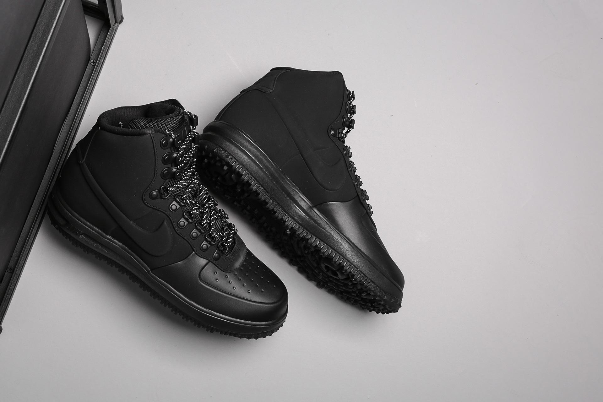 1c5cdda0 Купить чёрные мужские кроссовки Lunar Force 1 Duckboot '18 от Nike ...