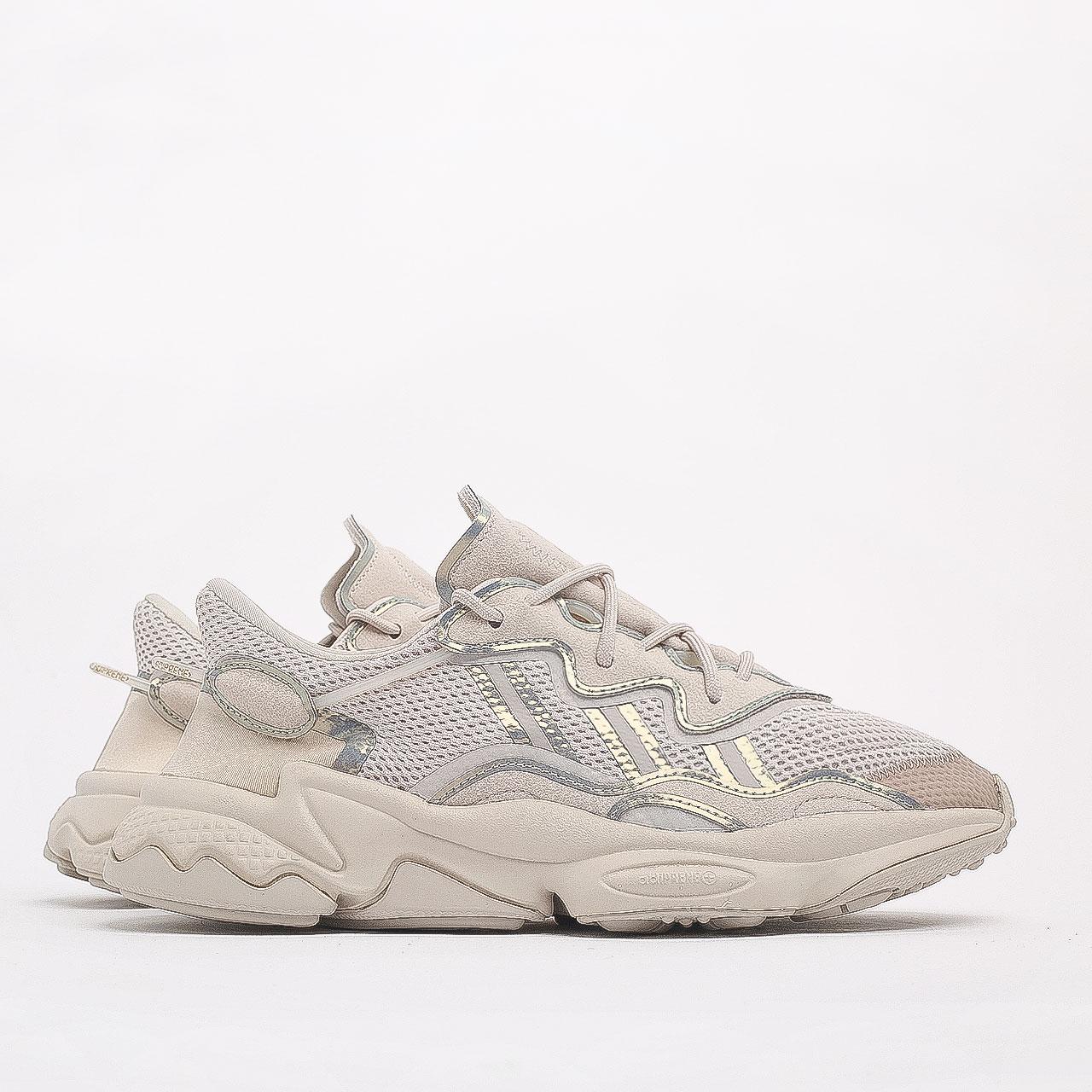 Купить бежевые мужские кроссовки Ozweego  от adidas Originals (FV9655) по цене 9990 рублей