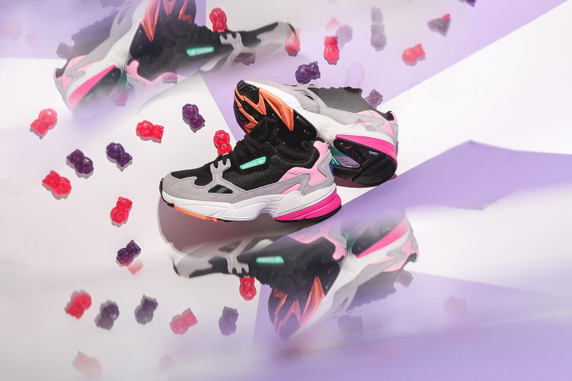 63656f37 Купить черные женские кроссовки Falcon W от adidas Originals (BB9173 ...