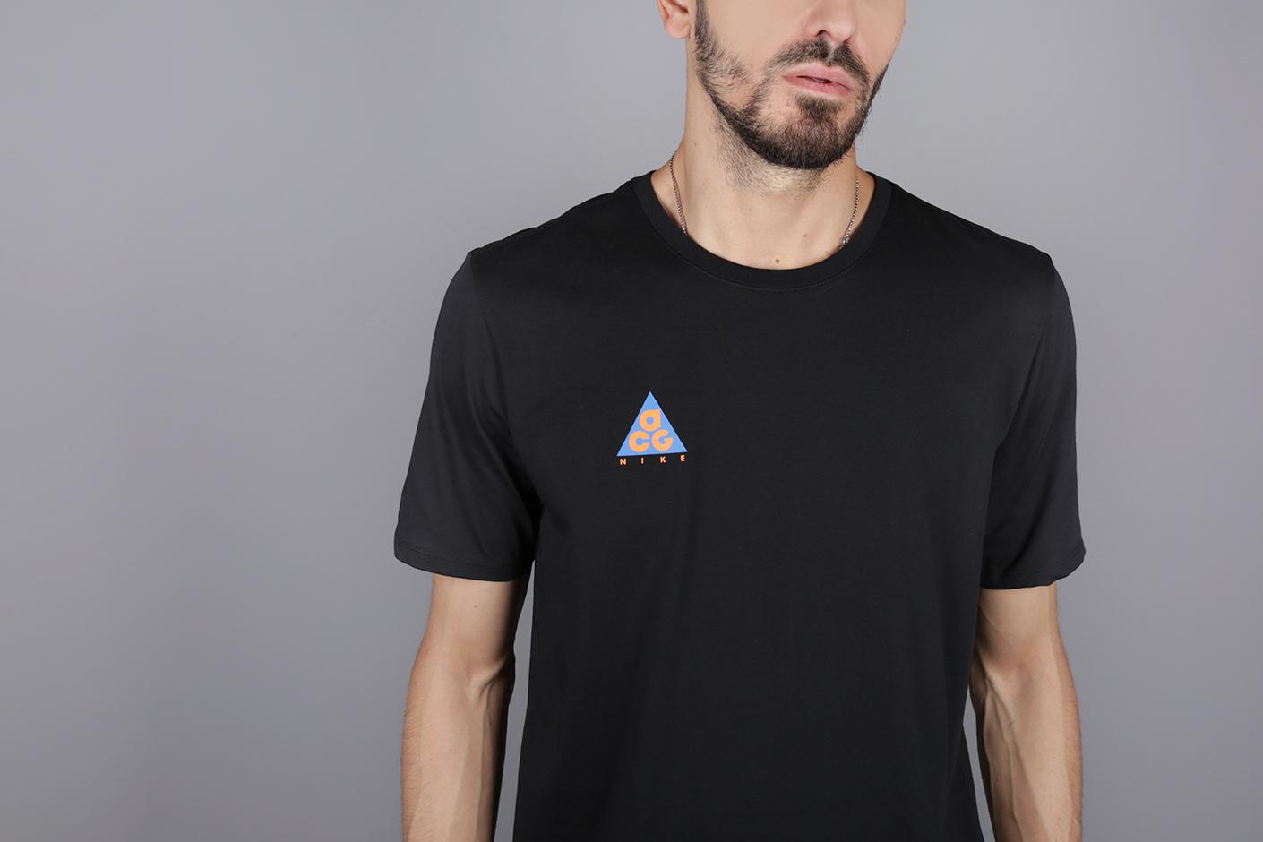 0acc922fd Чёрная мужская футболка ACG Tee от Nike (AQ3951-010) по цене рублей