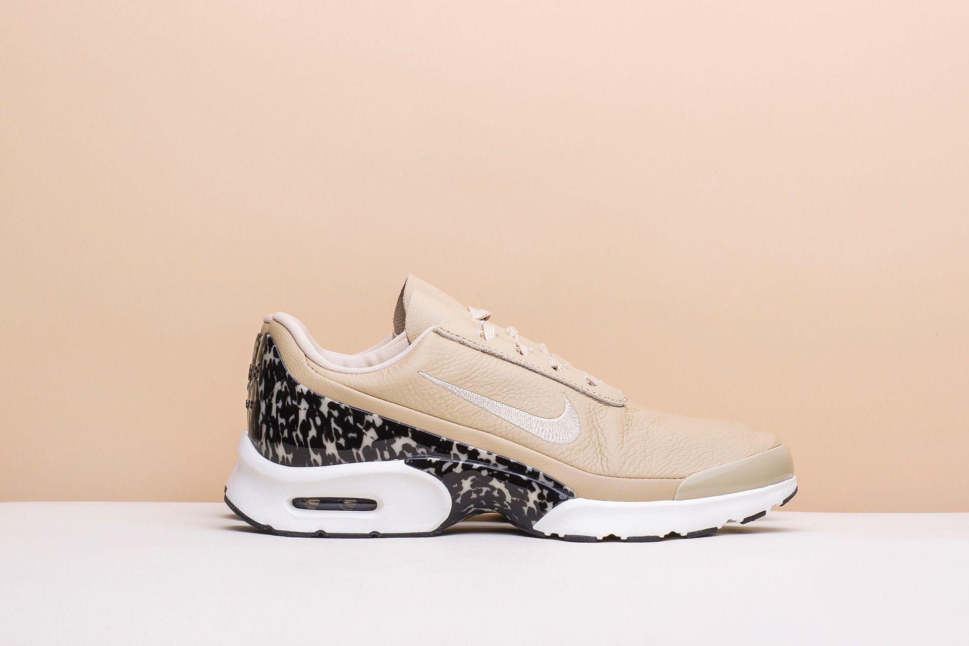 e0d4deb6 ... Купить женские бежевые кроссовки Nike WMNS Air Max Jewell LX - фото 2  картинки ...