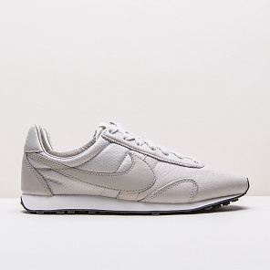 Кроссовки Nike WMNS Pre Montreal Racer Pinnacle