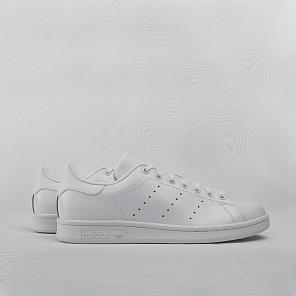 795822e43 Купить мужские белые кроссовки 9.5 размера по цене от 6290 рублей в ...