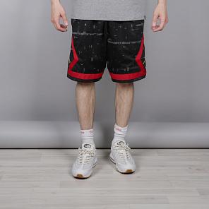 Купить шорты с доставкой по цене от 1250 рублей в интернет магазине ... e23c70bdddd