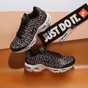 Распродажа в интернет магазине Sneakerhead в Москве f0d6cd7c500